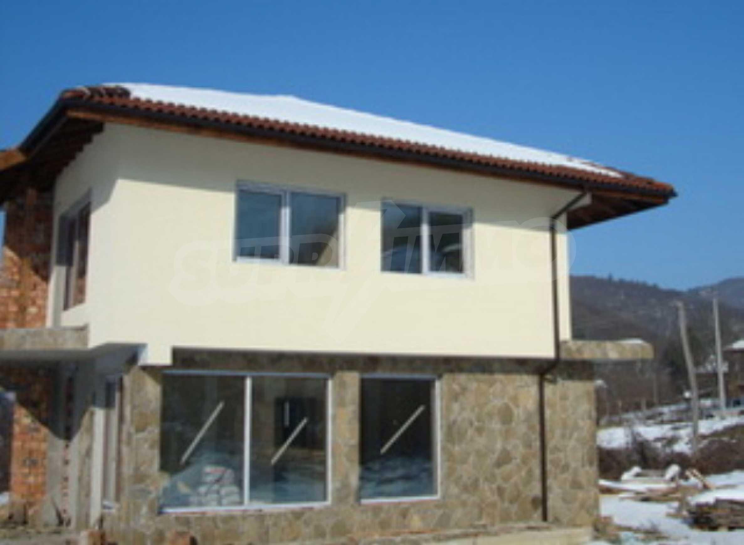 Feriendorfprojekt in der Nähe von Teteven