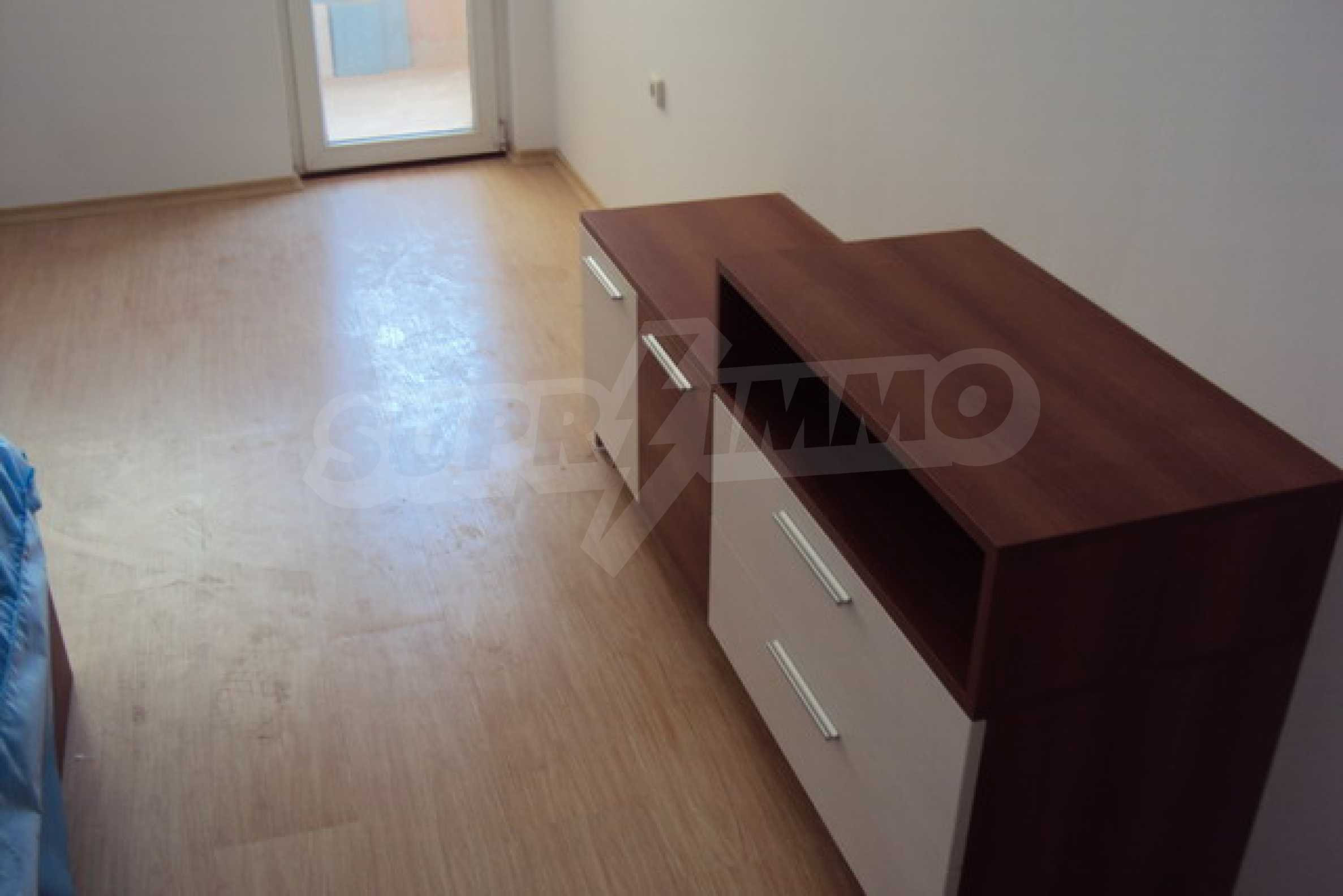 One bedroom apartment with good location for rent in Veliko Tarnovo 13