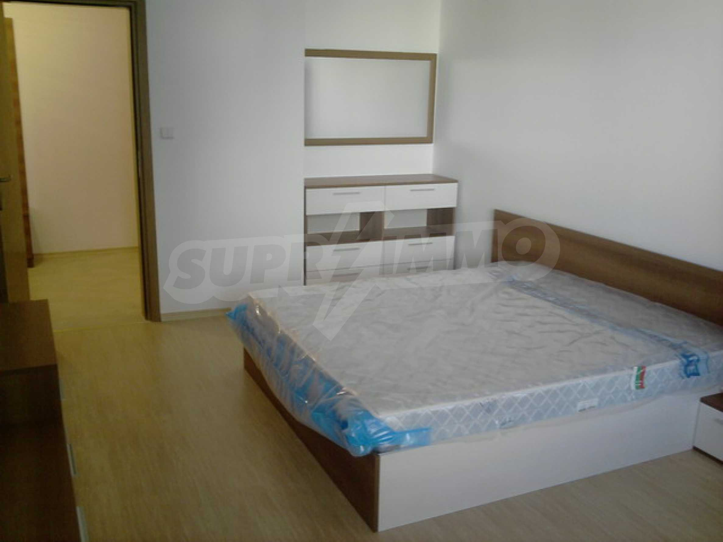 One bedroom apartment with good location for rent in Veliko Tarnovo 16