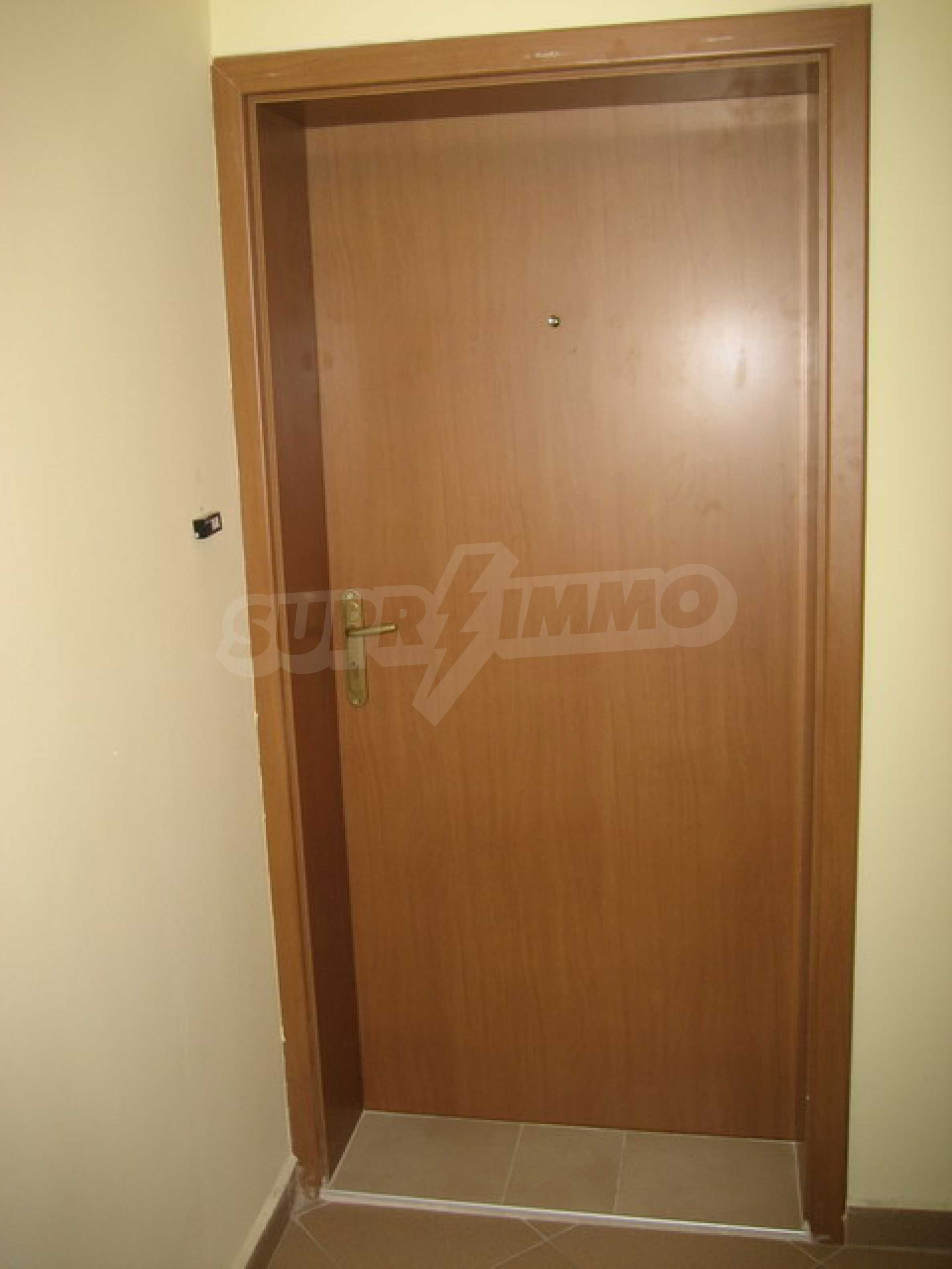 One bedroom apartment with good location for rent in Veliko Tarnovo 27