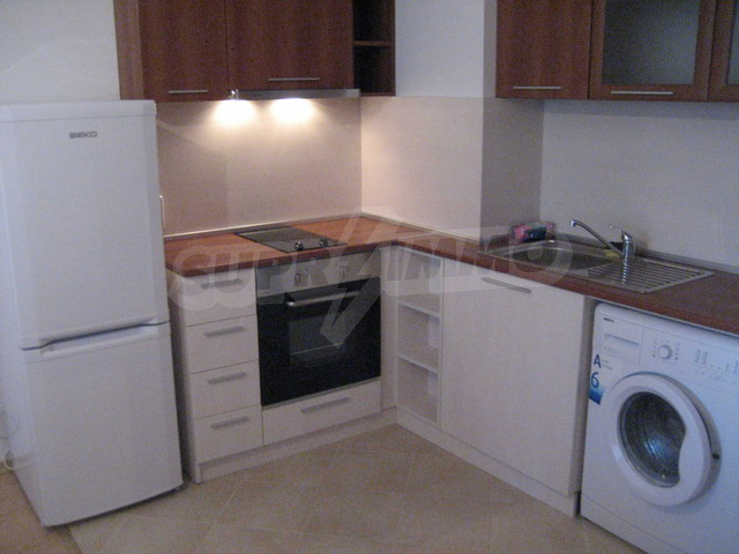 One bedroom apartment with good location for rent in Veliko Tarnovo 6