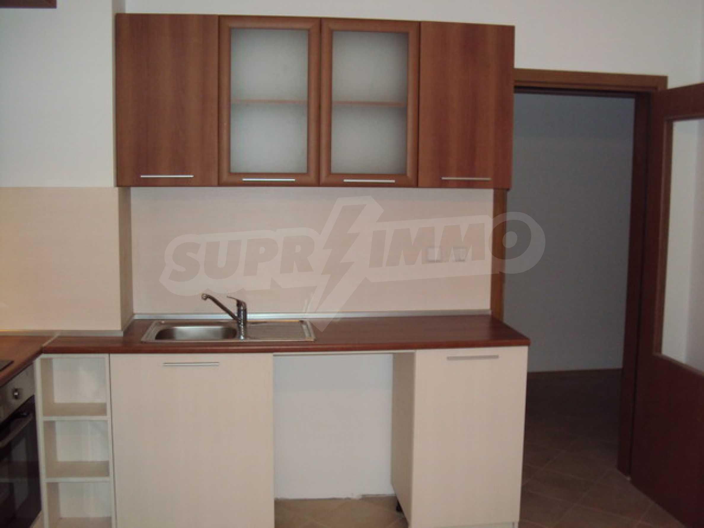 Двухкомнатная квартира с хорошей локацией в аренду в Велико Тырново 7