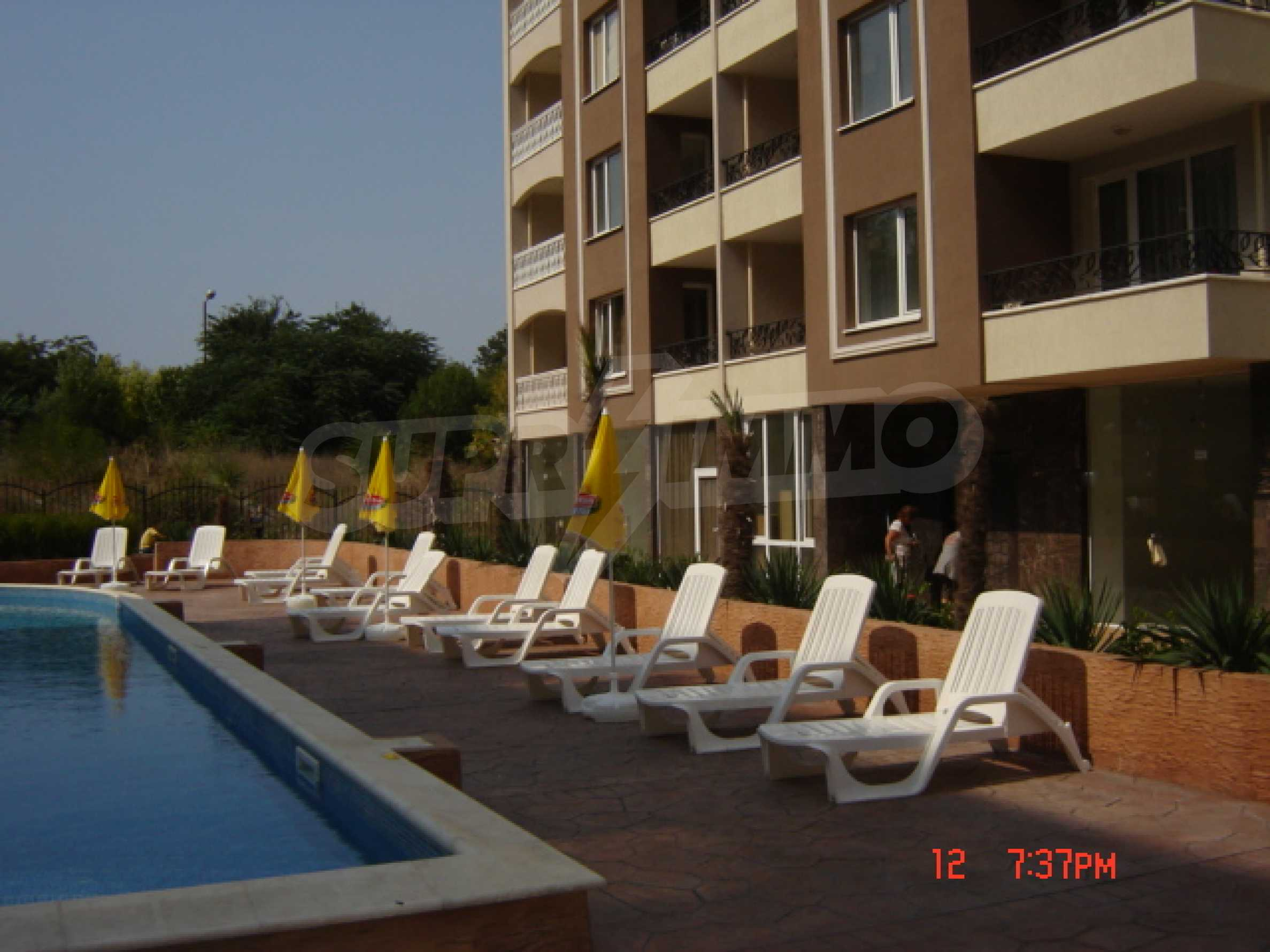 Two-bedroom apartment in a luxury gated development in Burgas 11