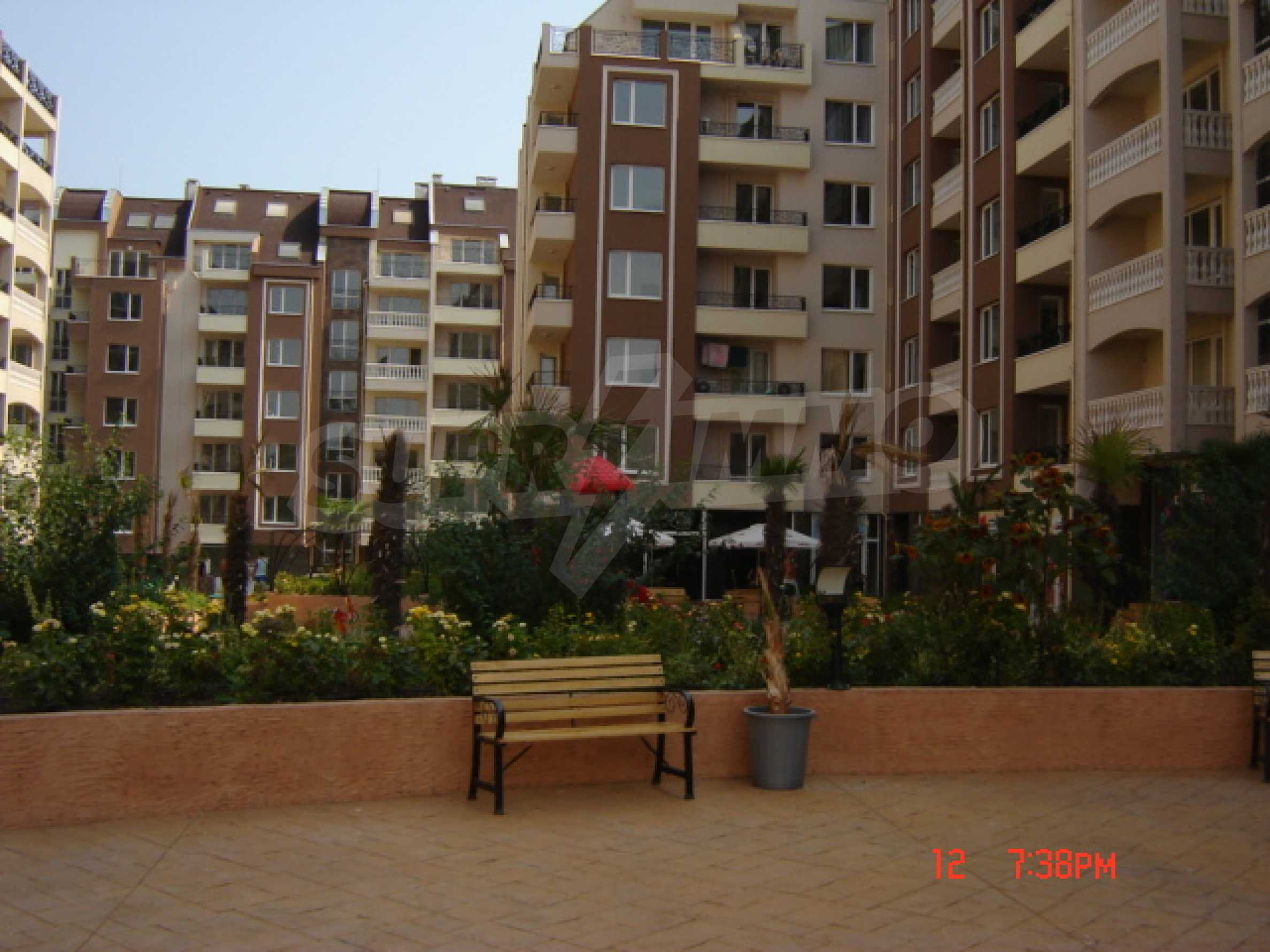 Two-bedroom apartment in a luxury gated development in Burgas 16