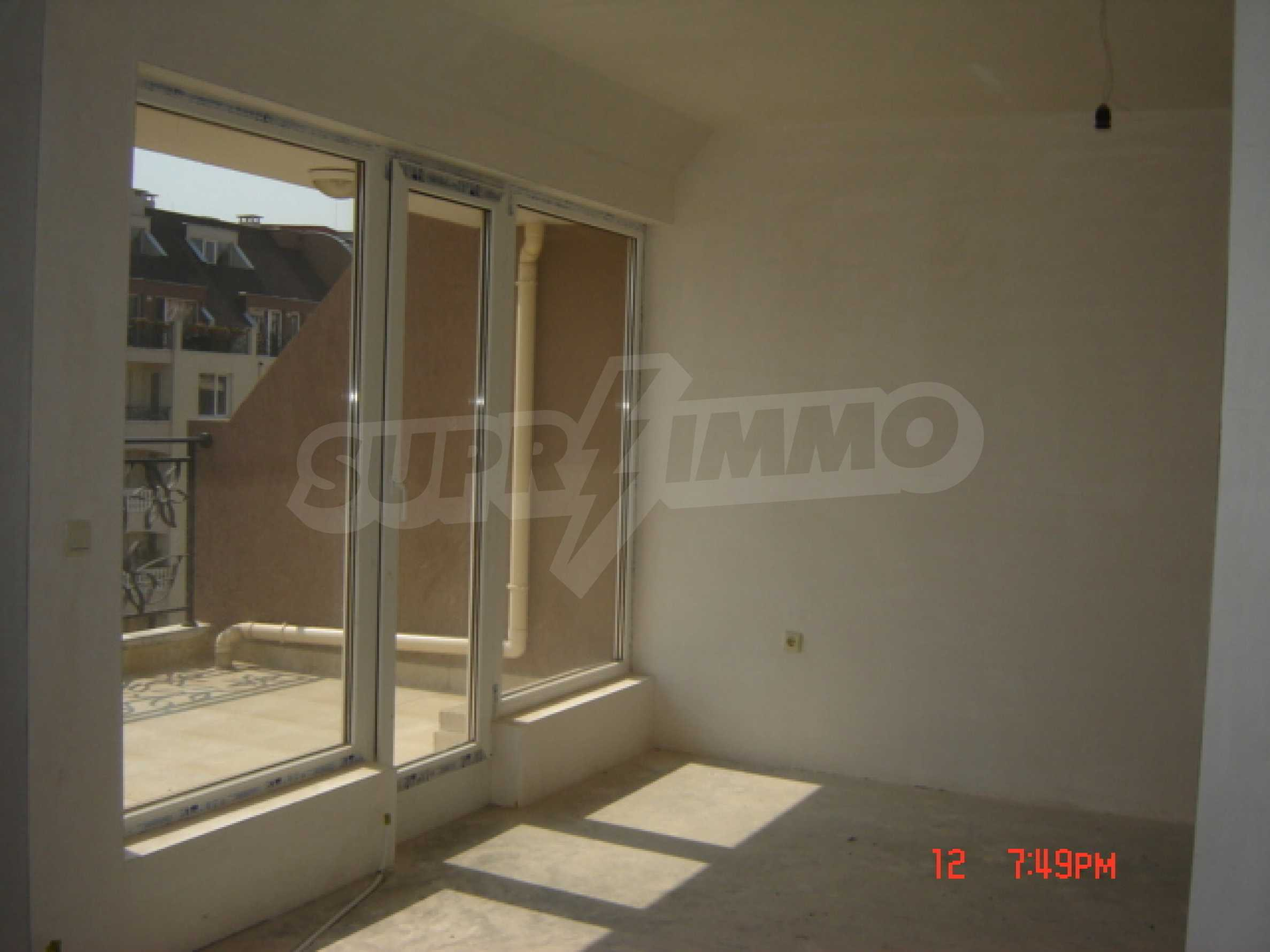 Two-bedroom apartment in a luxury gated development in Burgas 24
