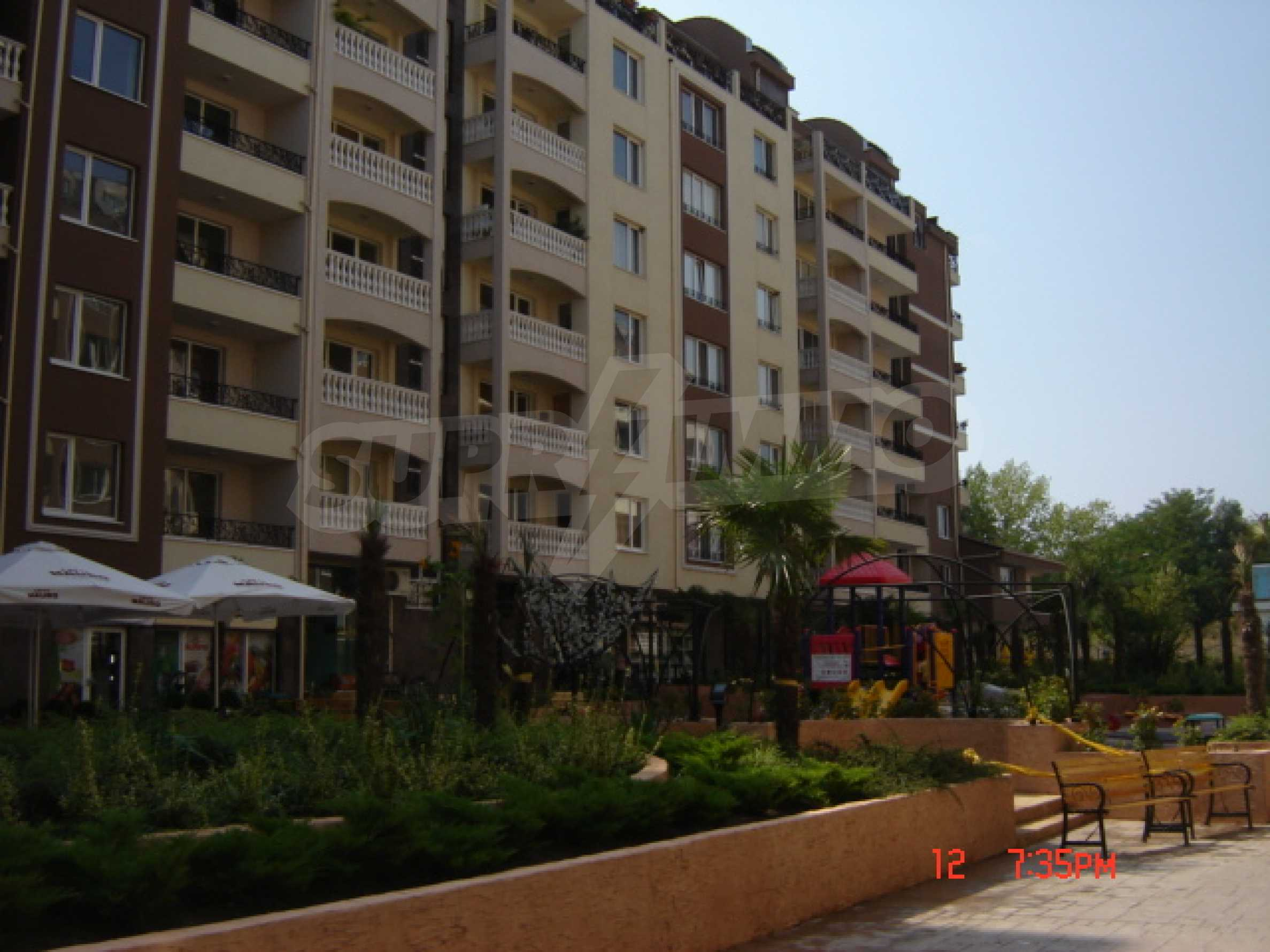 Two-bedroom apartment in a luxury gated development in Burgas 7