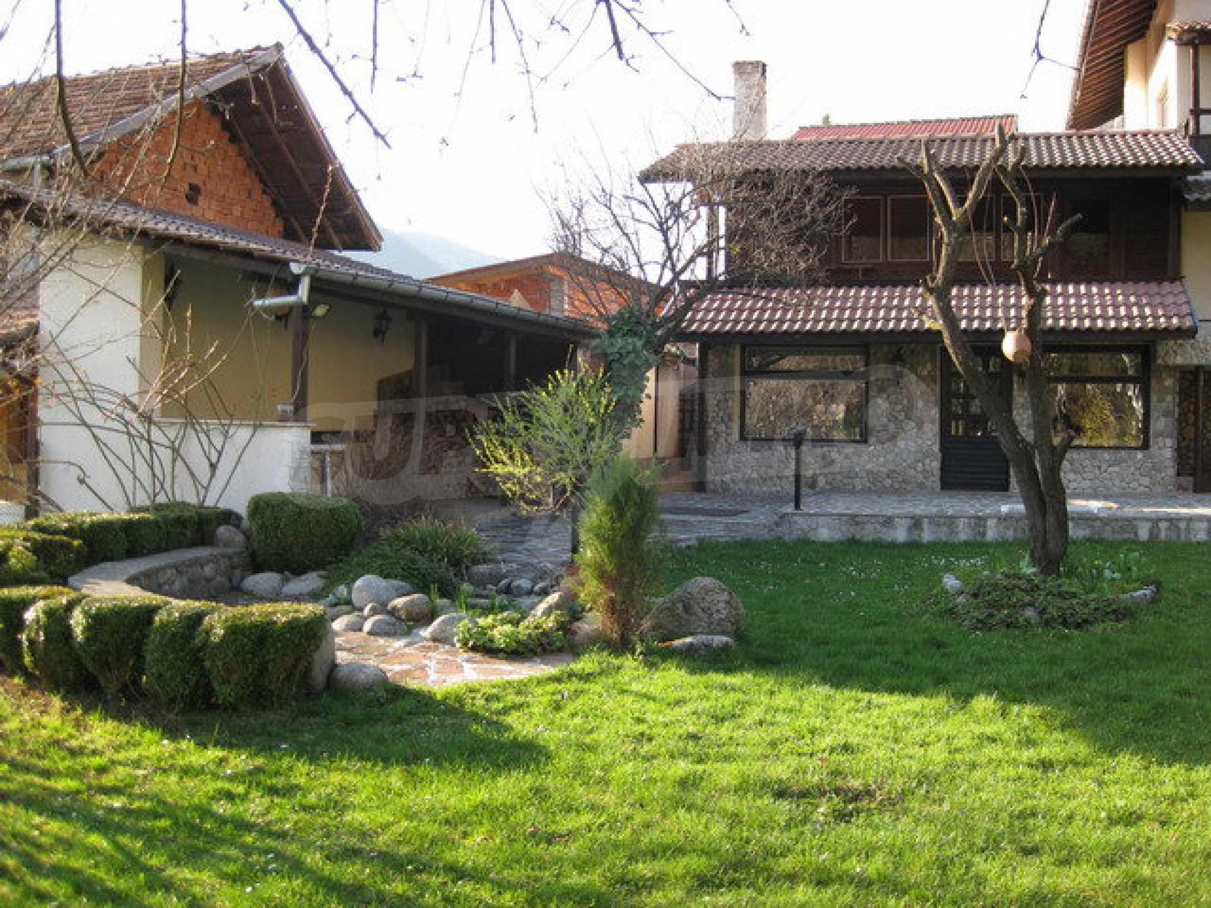 Großes Haus in Ribaritsa 3