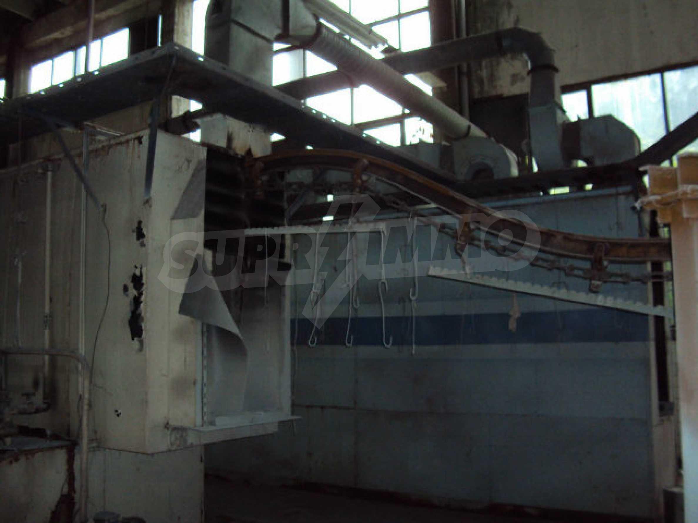 Factory for metal parts in Veliko Tarnovo 60
