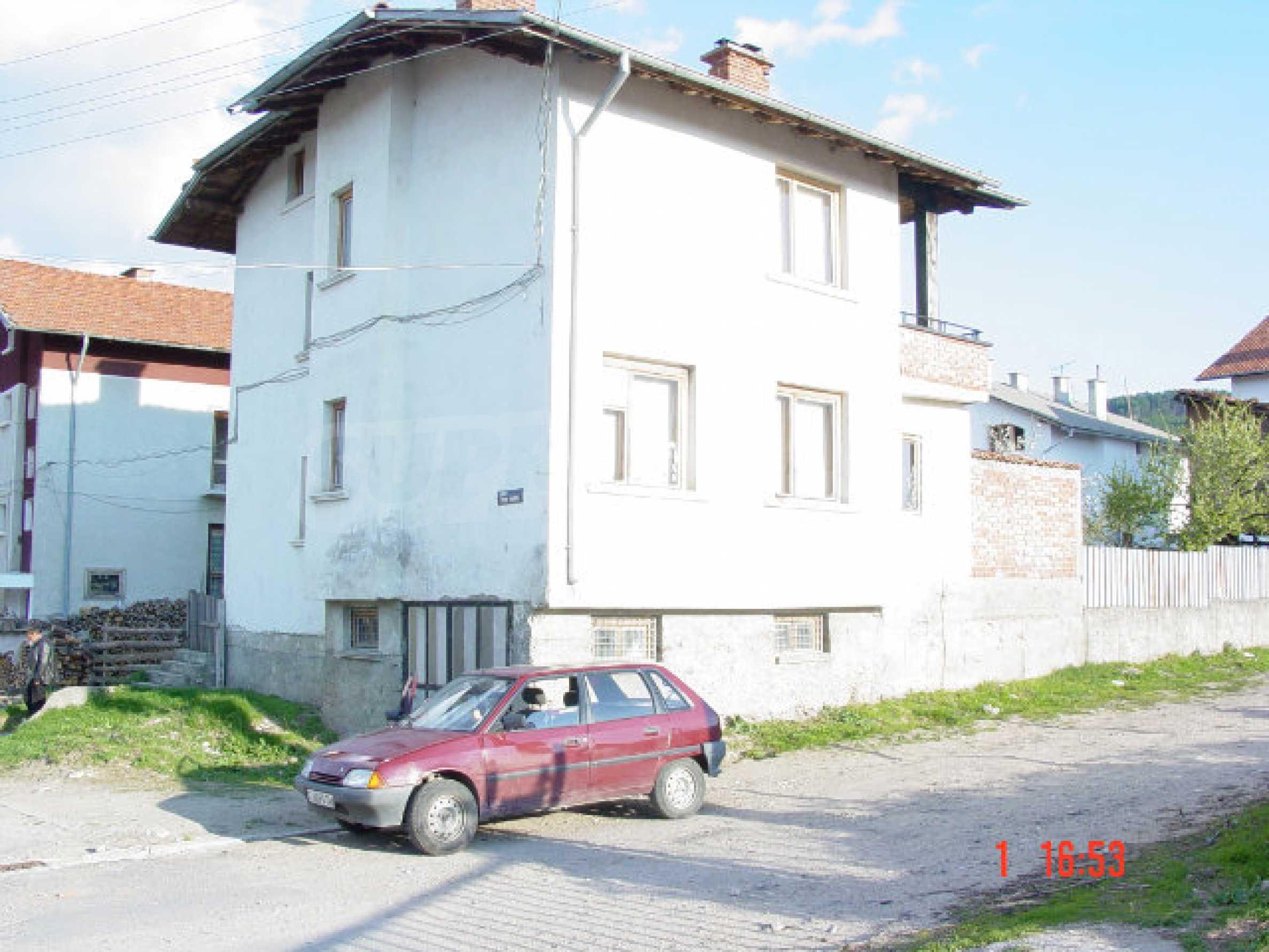 Двухэтажный дом в Добриниште  2
