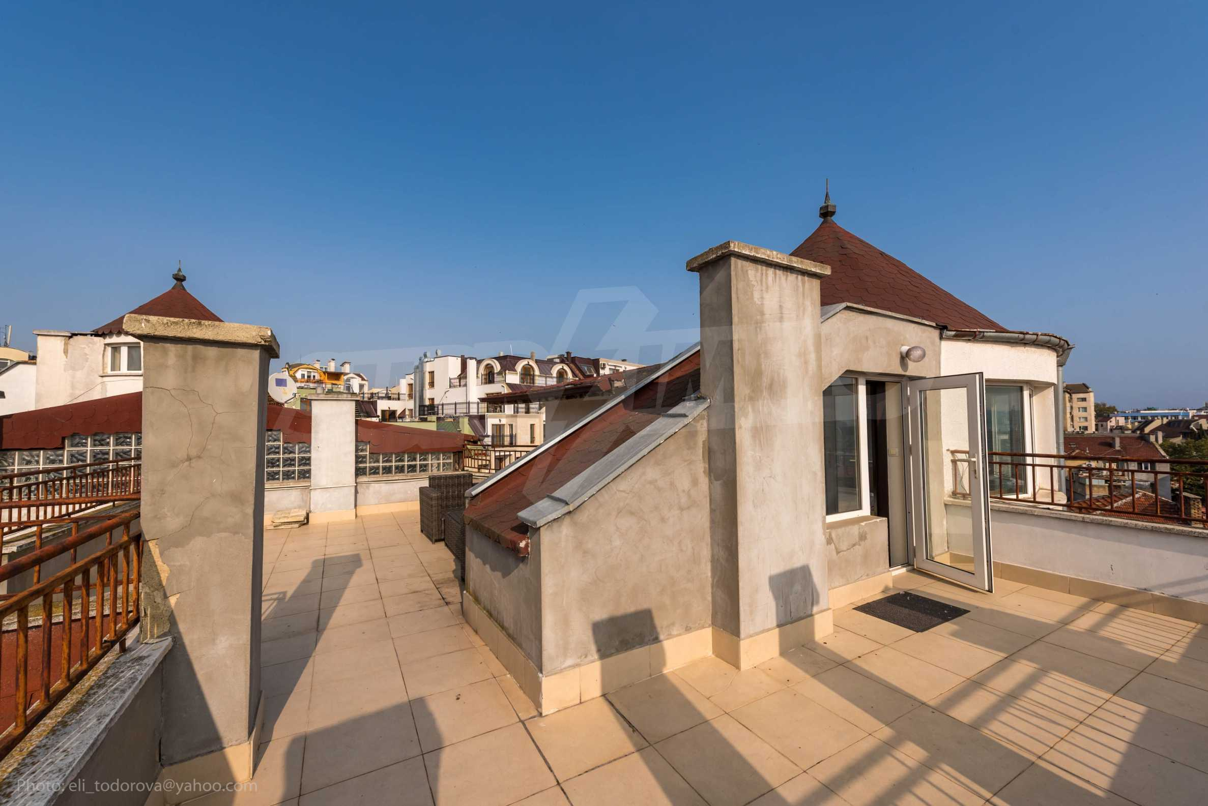 "Apartment ""Misha"" - an excellent two-bedroom property in the ideal center 25"