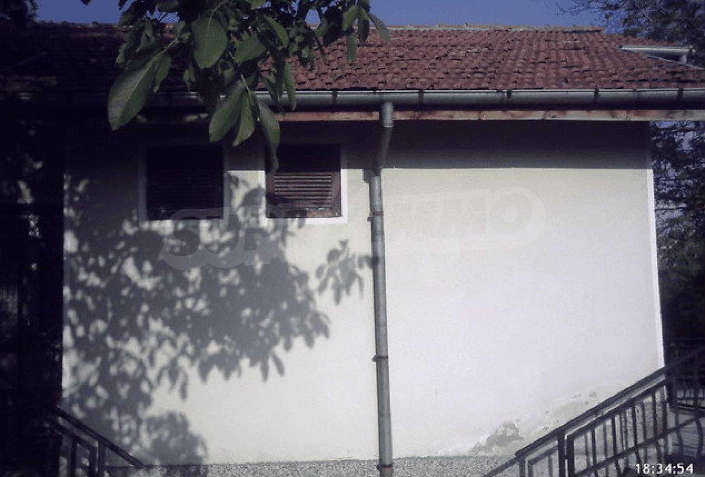 Nice, solid built villa near Veliko Tarnovo  23