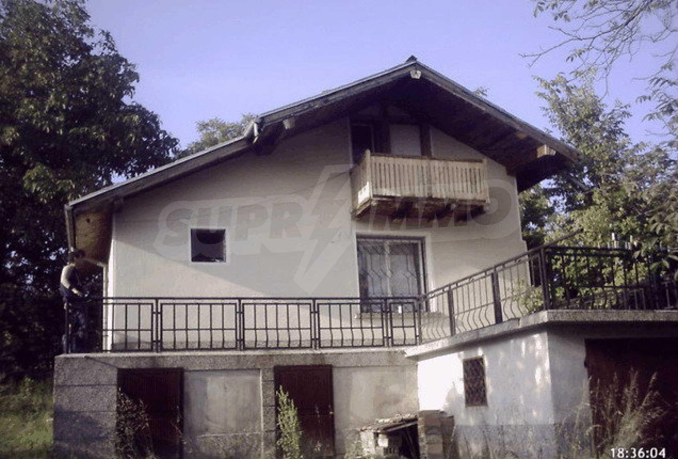Nice, solid built villa near Veliko Tarnovo  25