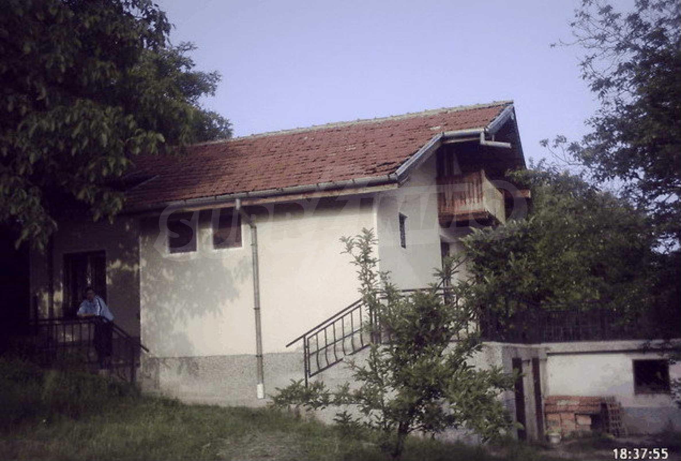 Nice, solid built villa near Veliko Tarnovo  29