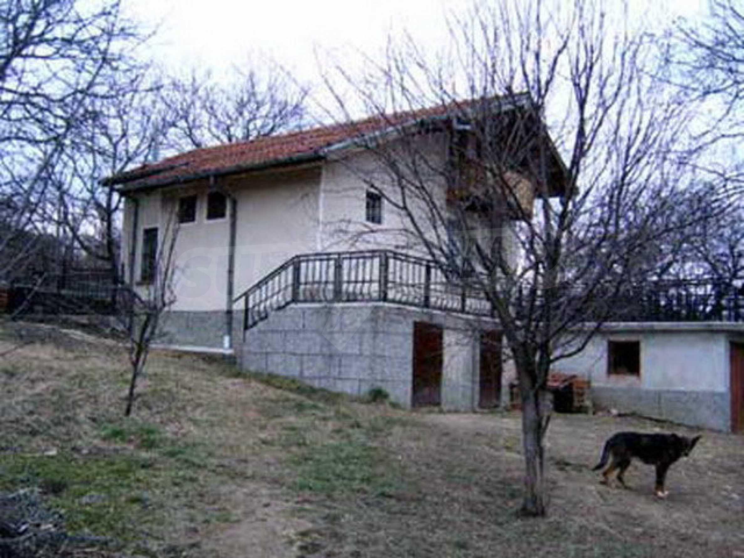 Nice, solid built villa near Veliko Tarnovo  31