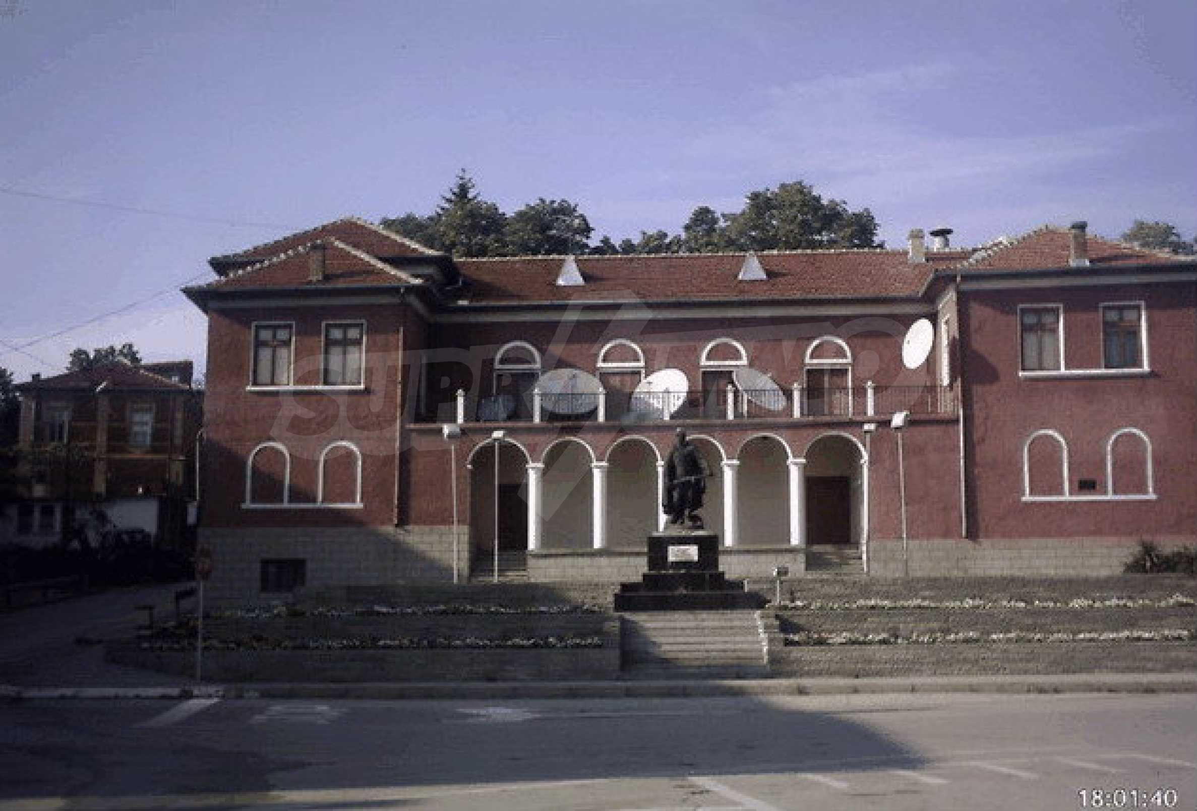 Nice, solid built villa near Veliko Tarnovo  6