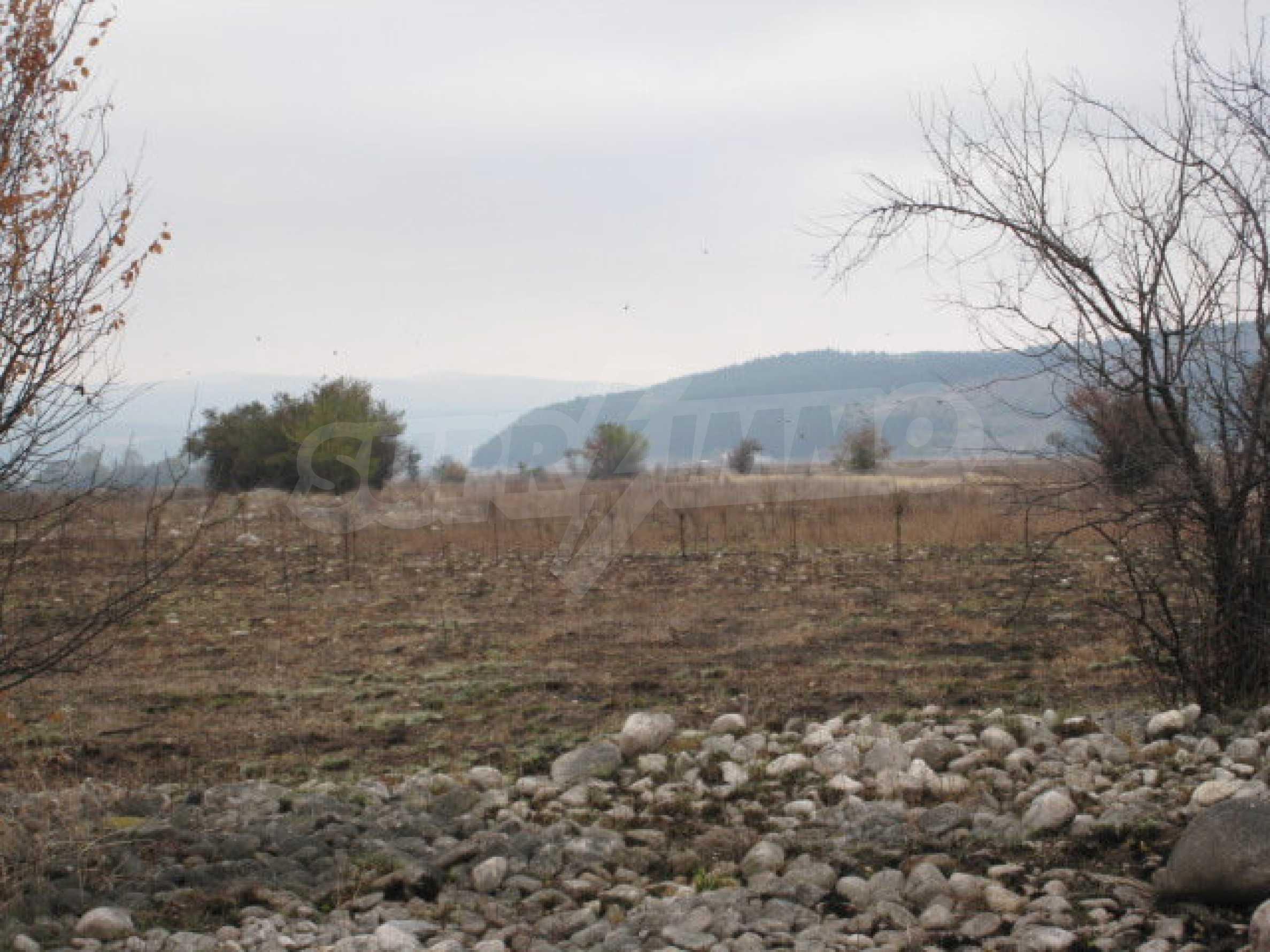 Development land 14 km away from Borovets 8