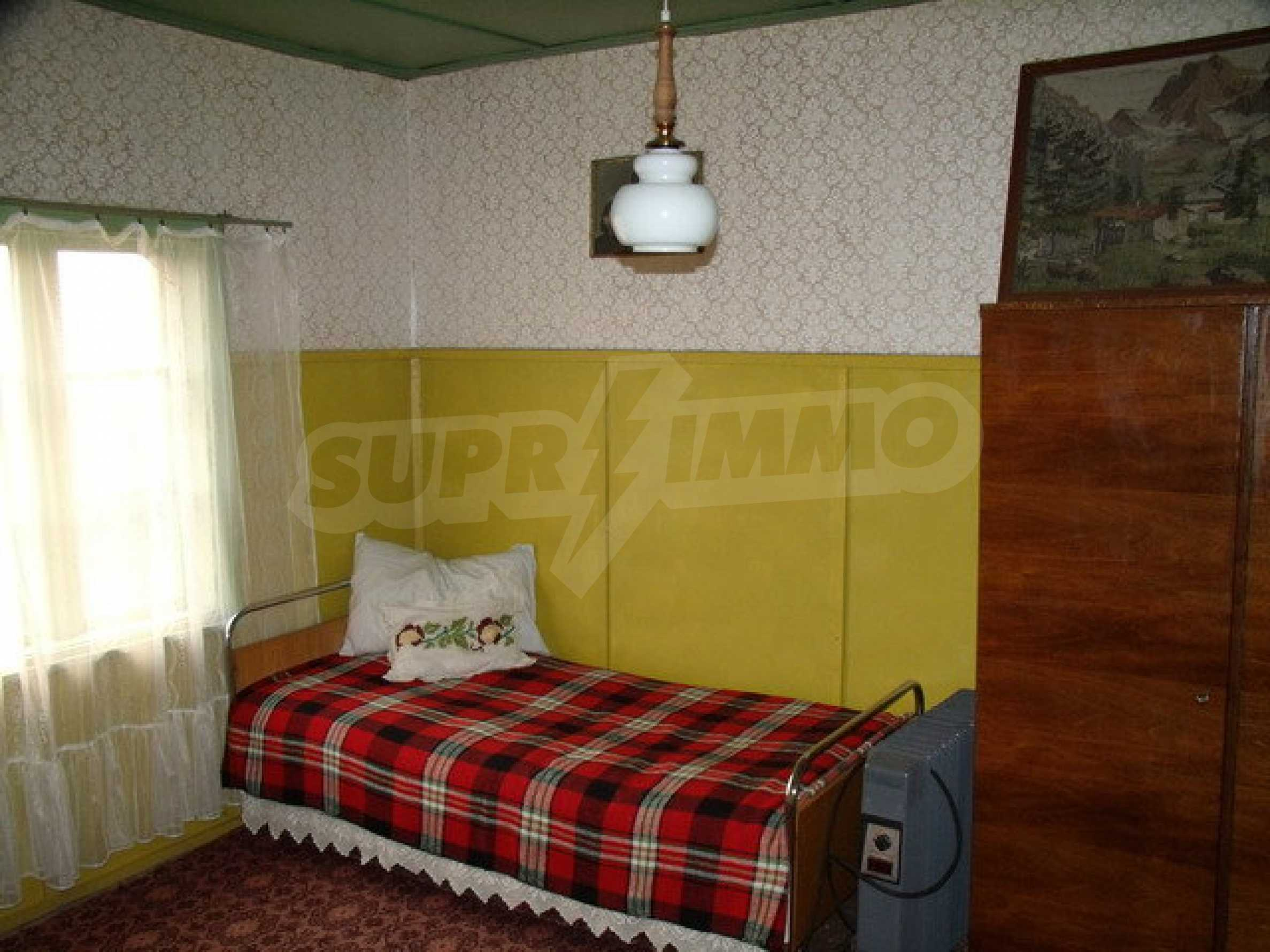 House with spacious garden in a well developed village near Pavlikeni 16
