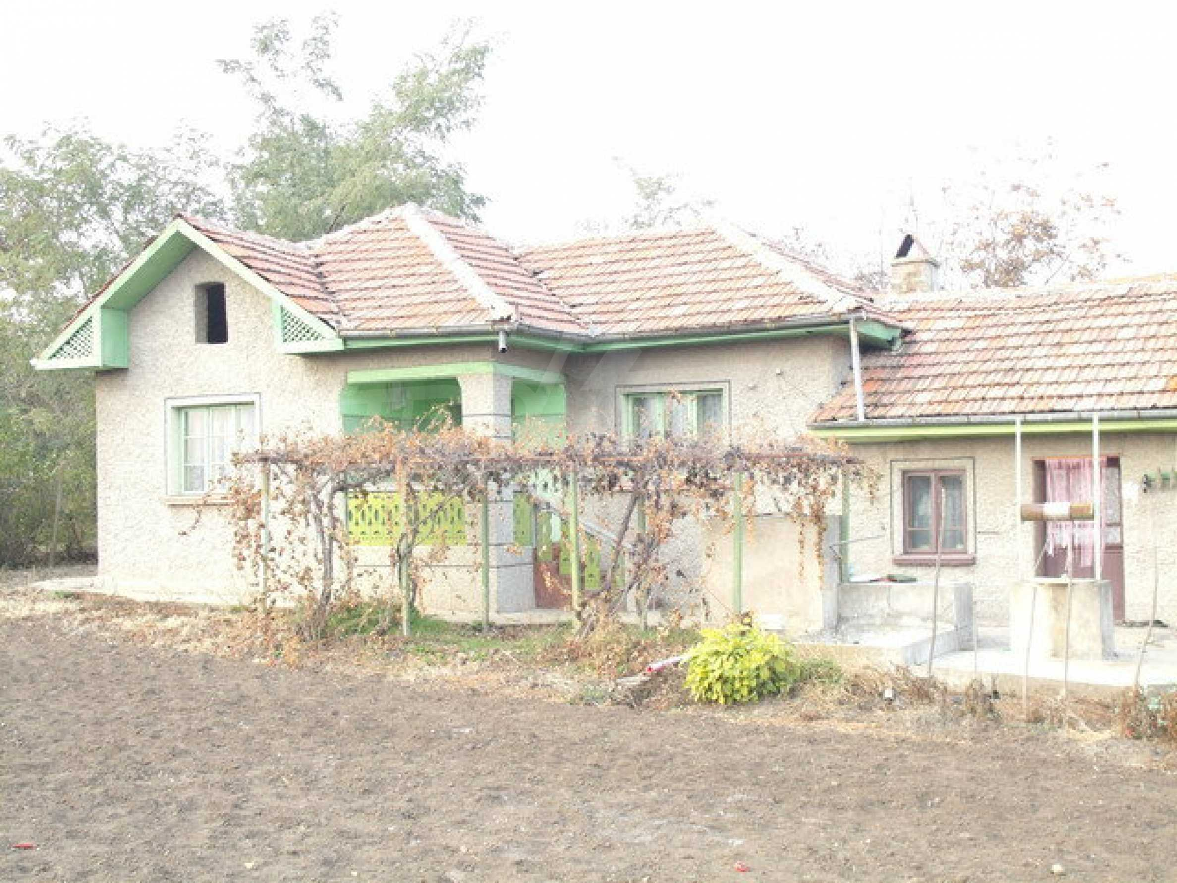 House with spacious garden in a well developed village near Pavlikeni 1