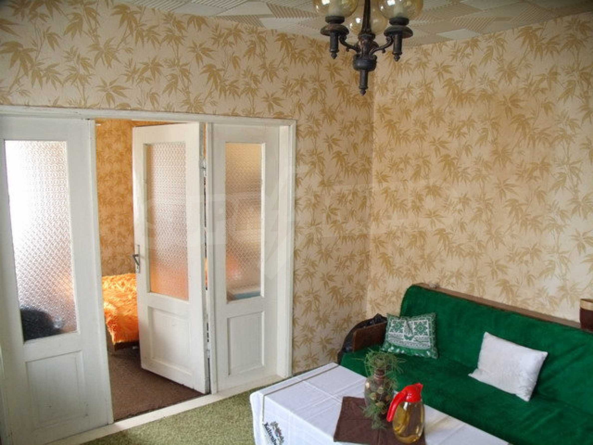 House in a small town, 15 km. from the old capital of Veliko Tarnovo 15