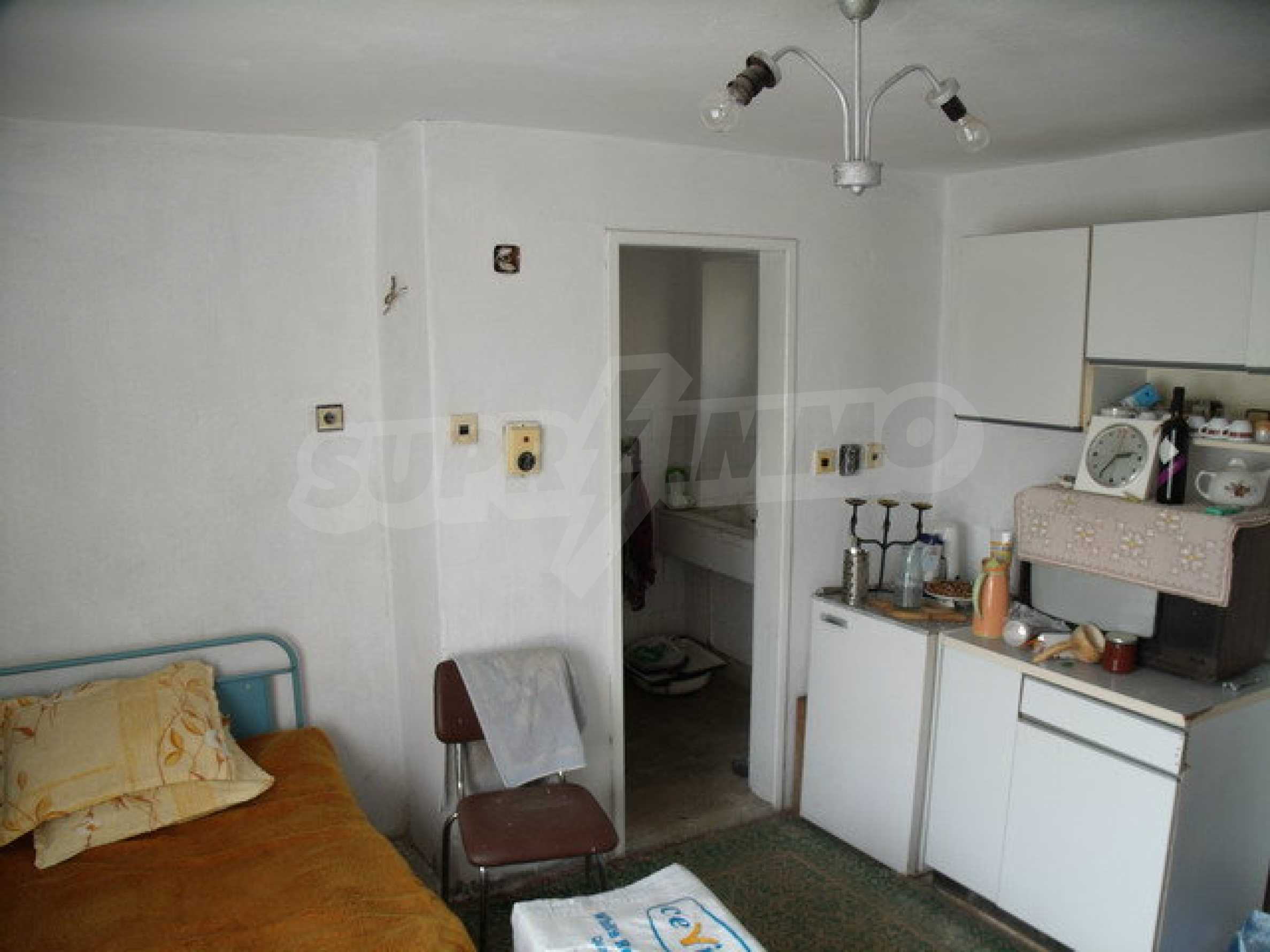 House in a small town, 15 km. from the old capital of Veliko Tarnovo 20