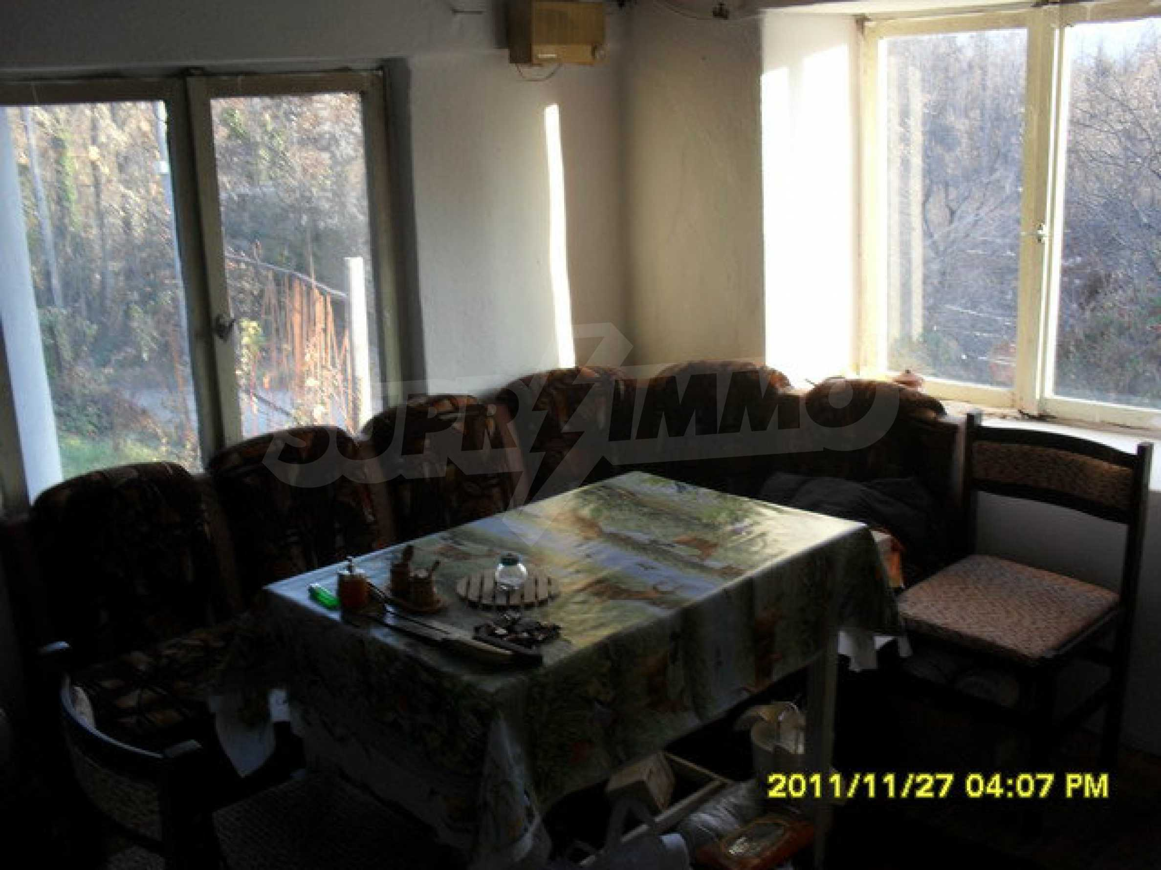 A nice house with two floors near Gabrovo. 11