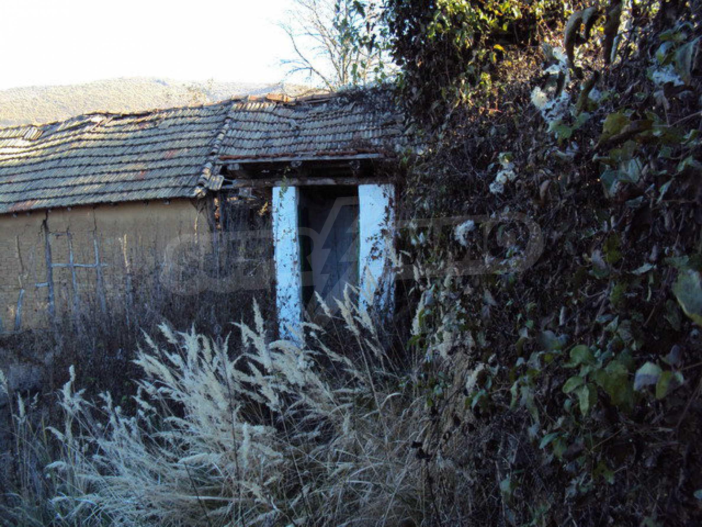Haus mit einem Hof in der Ortschaft 25 km. von Veliko Tarnovo 6