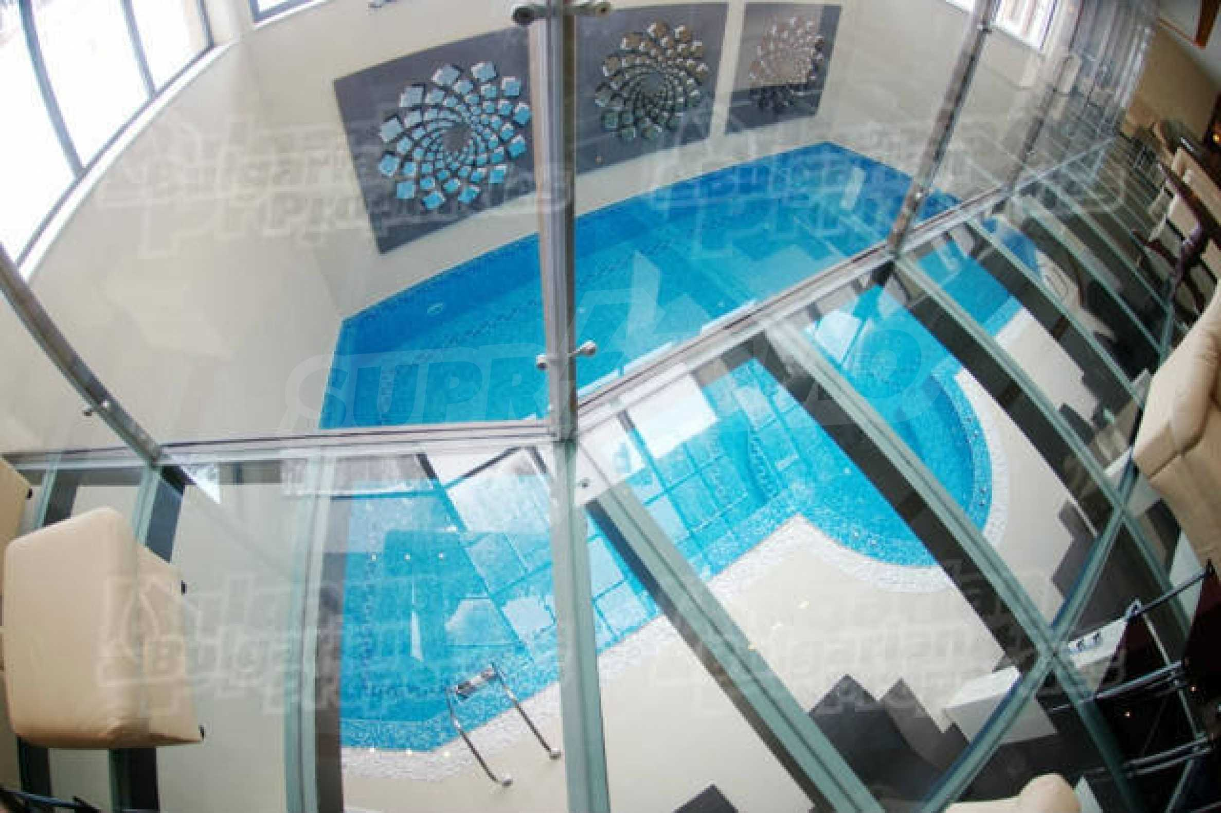 Lovely furnished 1-bedroom apartment in holiday complex Iceberg 10