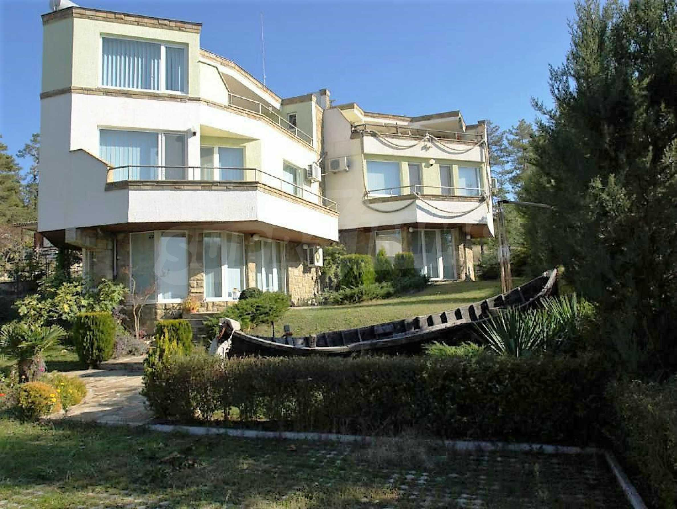 Private holiday villa 200 m from the sea in Sunny Beach