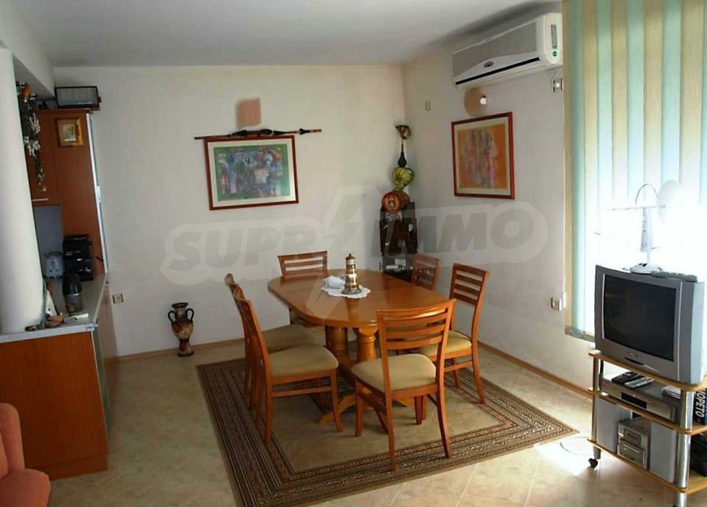 Private holiday villa 200 m from the sea in Sunny Beach 38