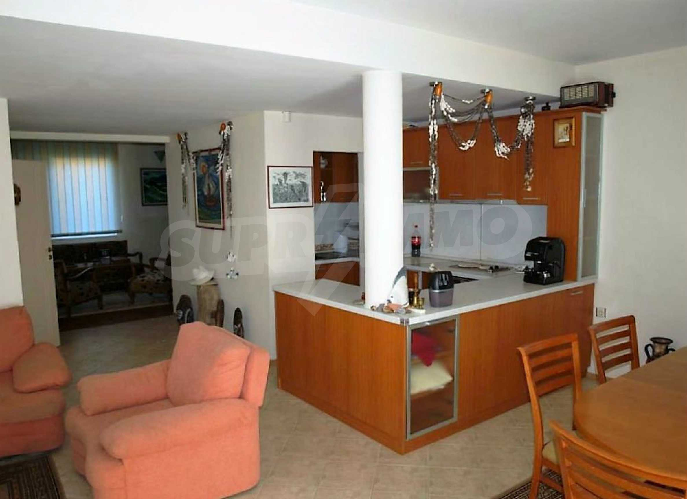 Private holiday villa 200 m from the sea in Sunny Beach 39