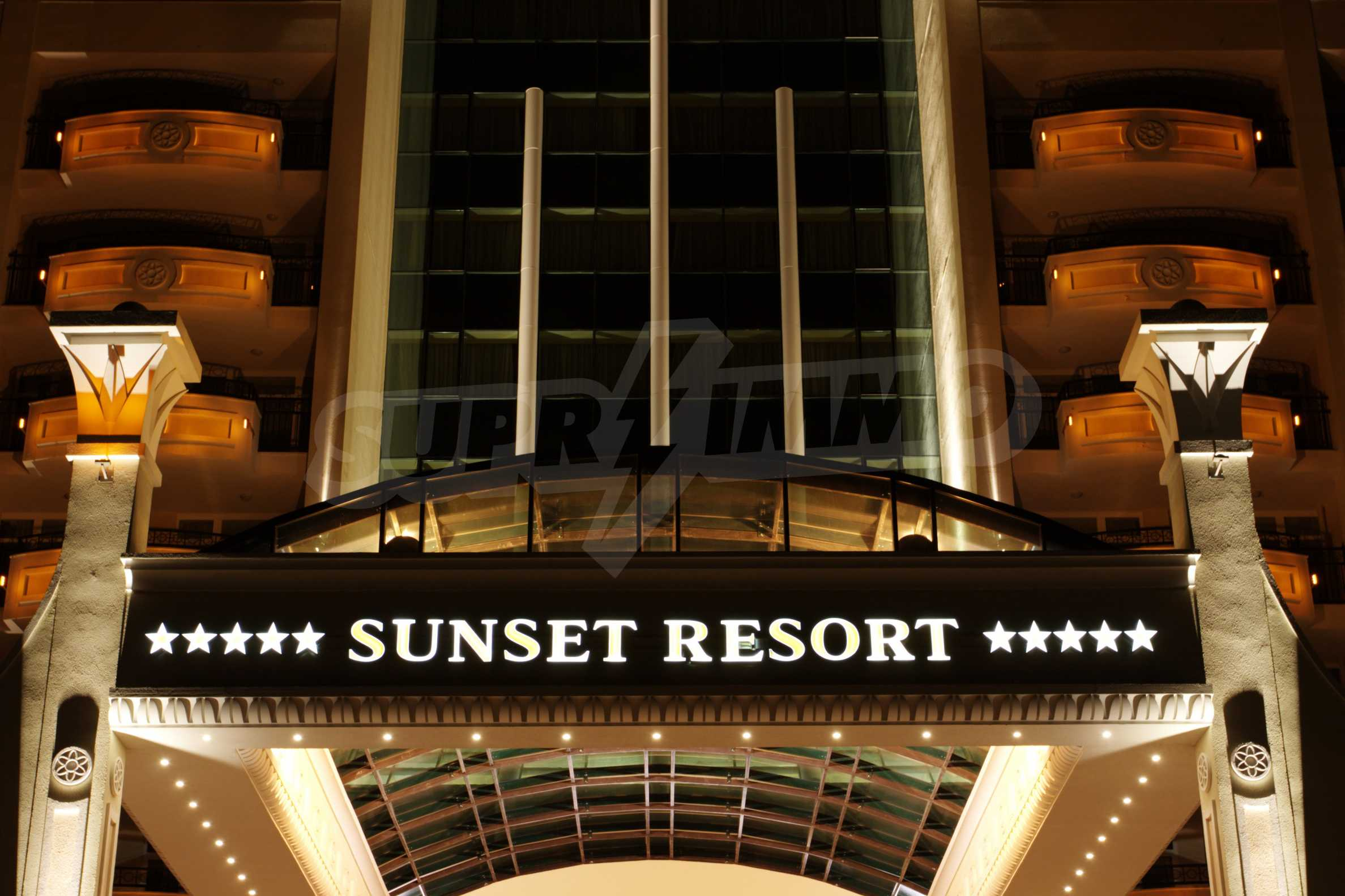 Sunset Resort 43