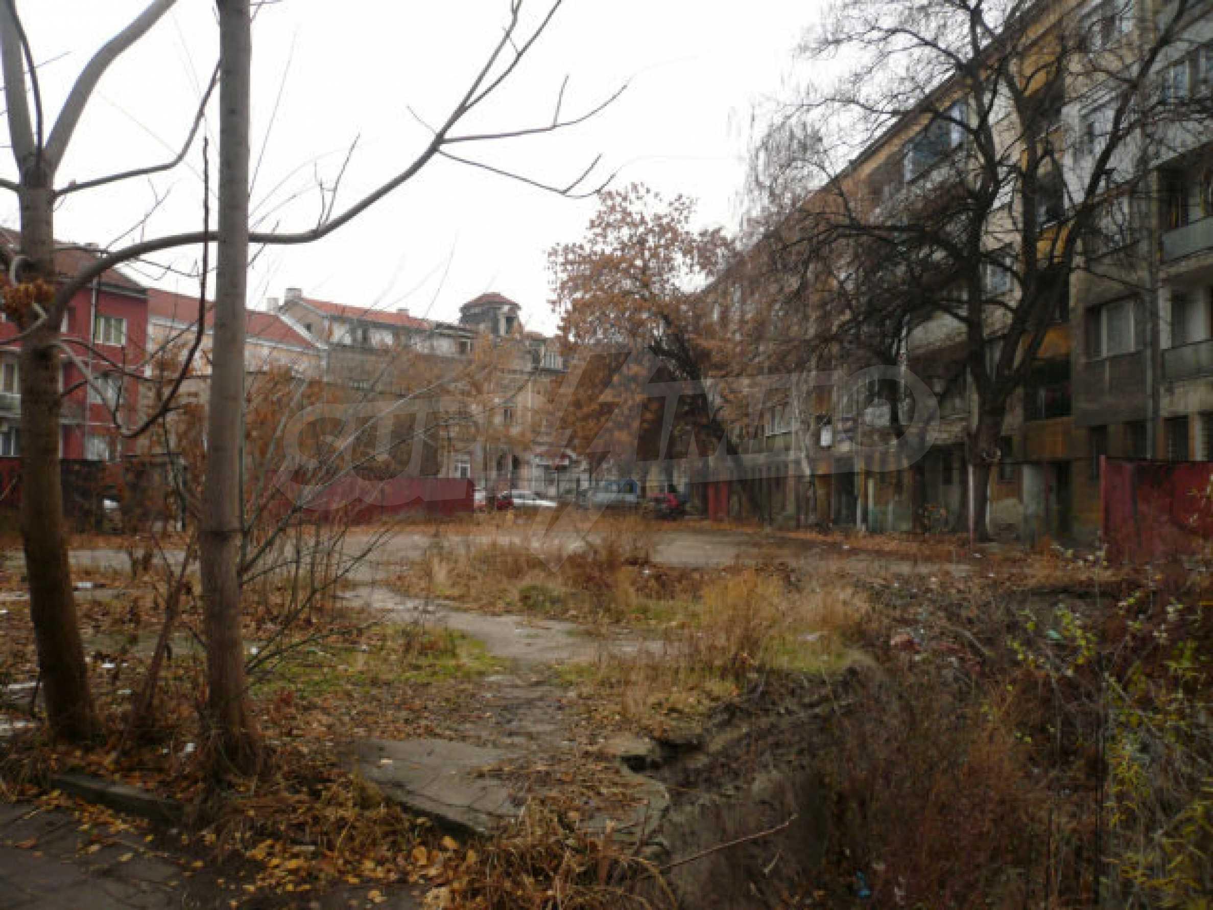 Участок с проектом в центре Видина 4