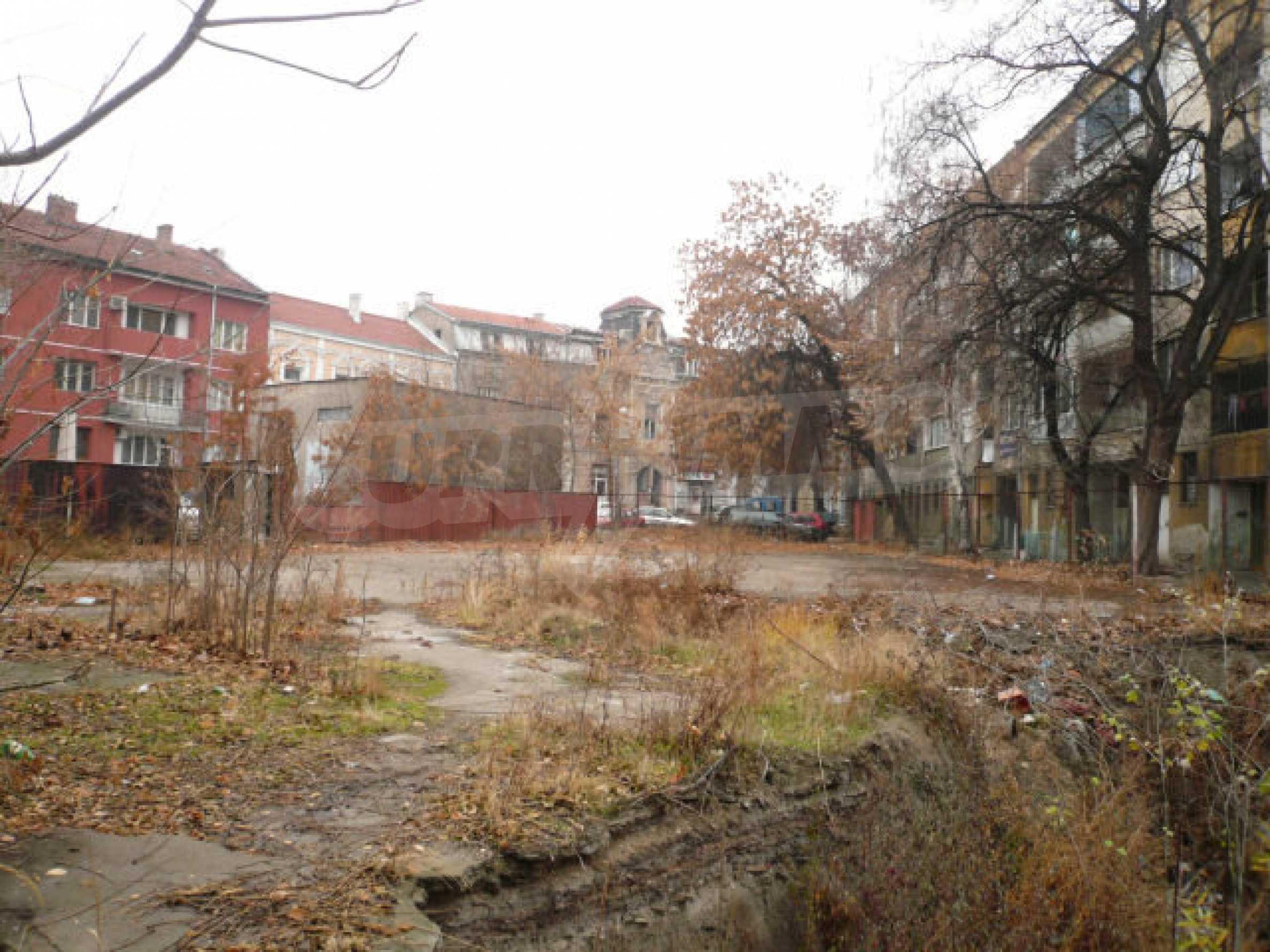Участок с проектом в центре Видина 5
