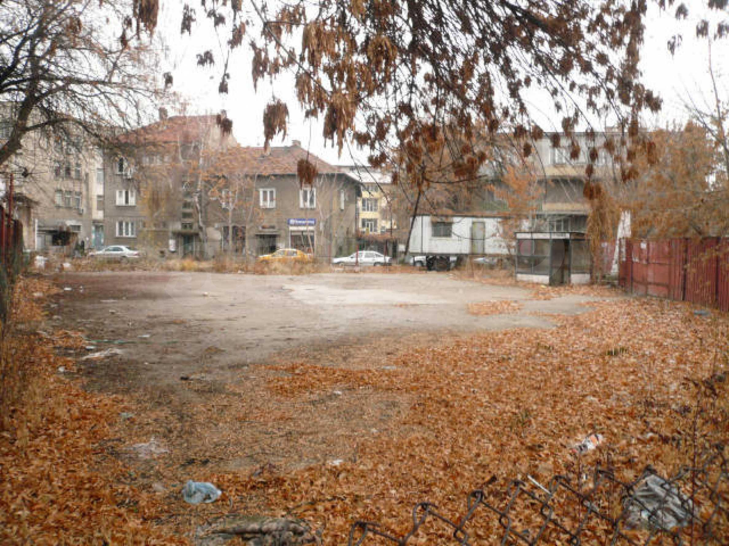 Участок с проектом в центре Видина 8