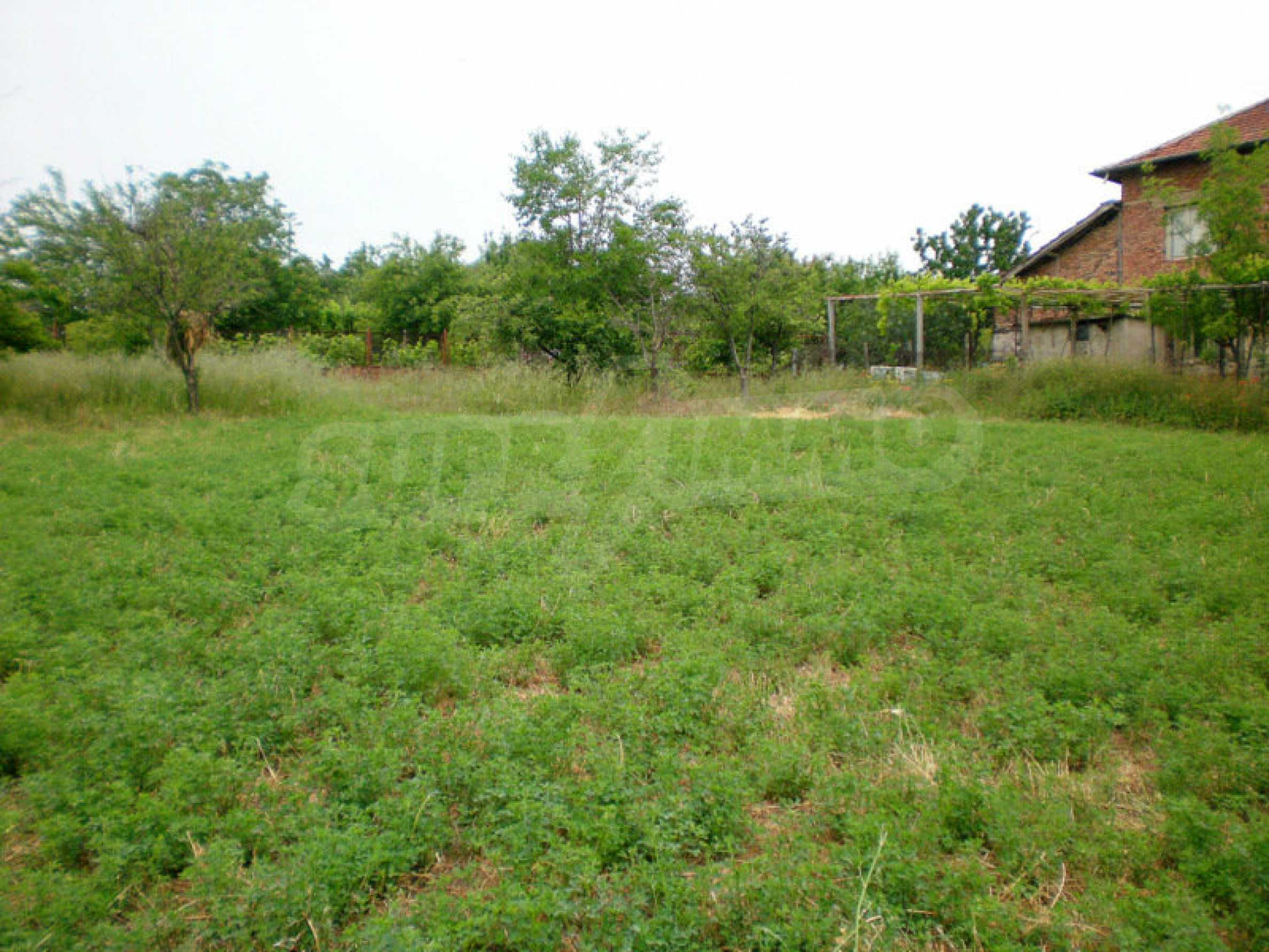 Plot with panoramic views of Melnik sand pyramids