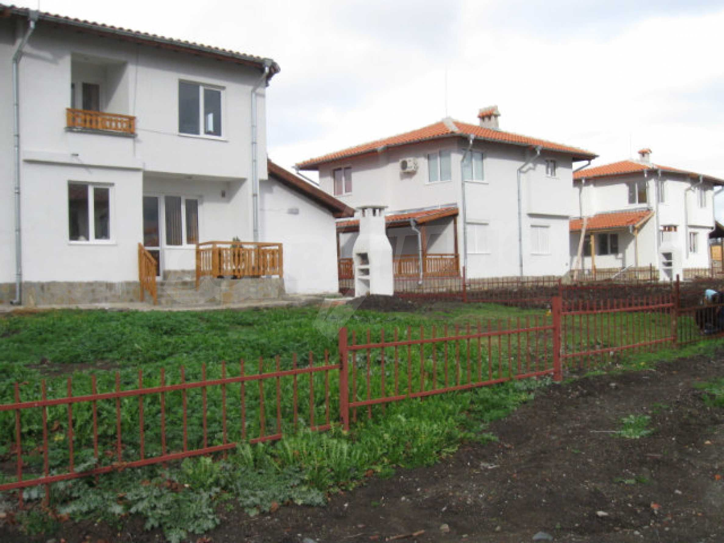Houses for sale near Burgas 5