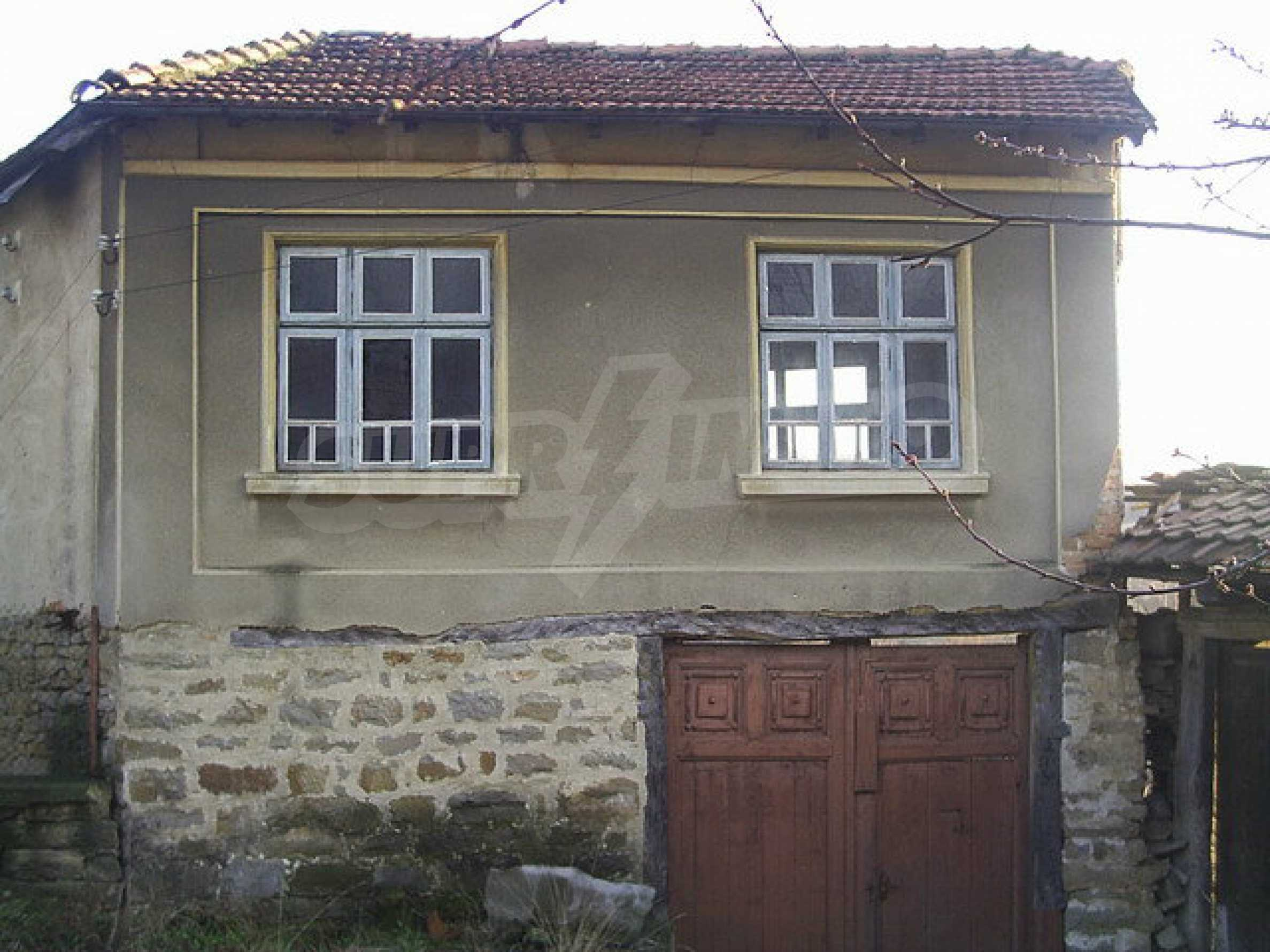 Traditional house with yard in a village close to Dryanovo  15