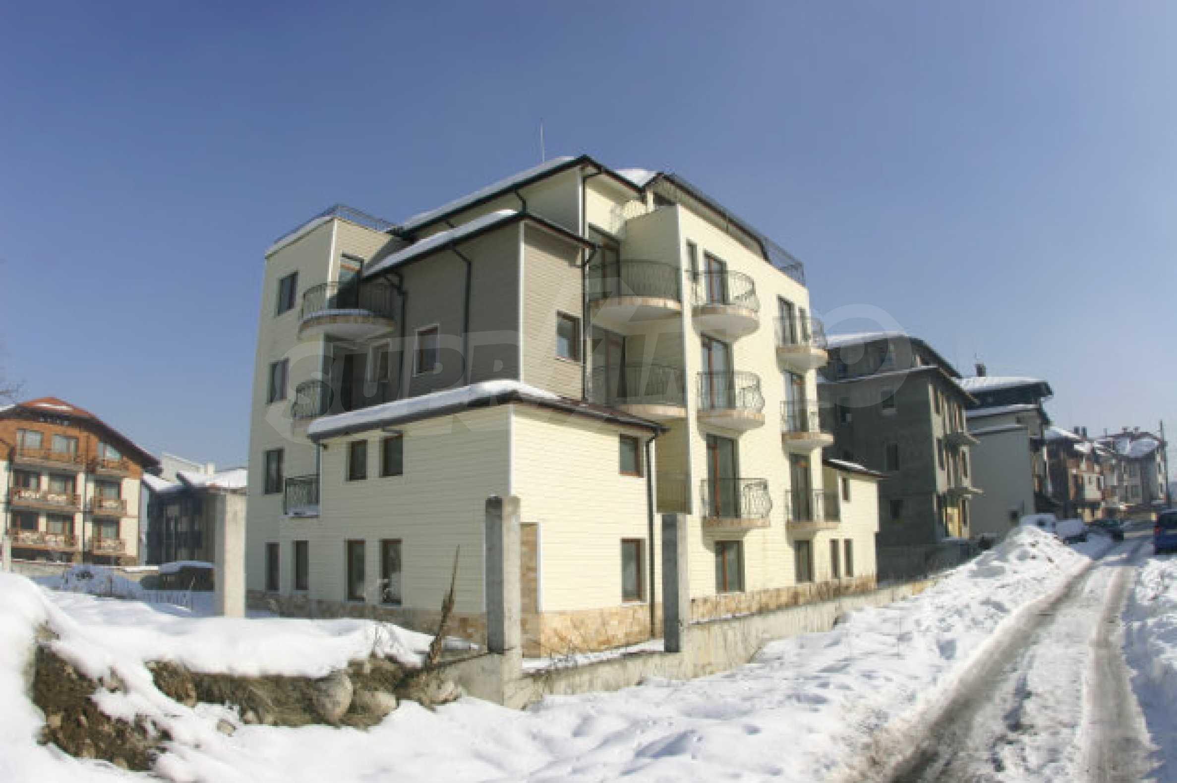 Жилой дом в зимнем курорте Банско 1