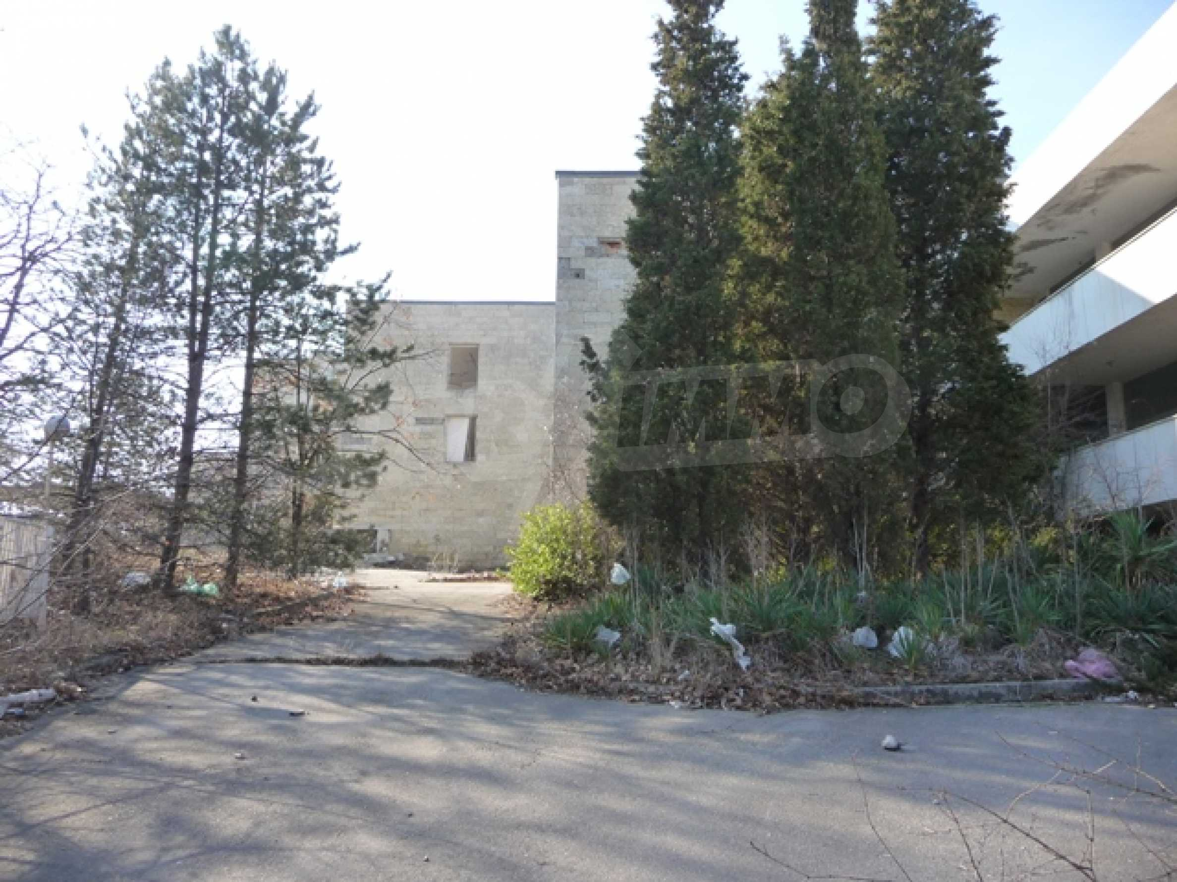 Plot for sale with excellent location 1