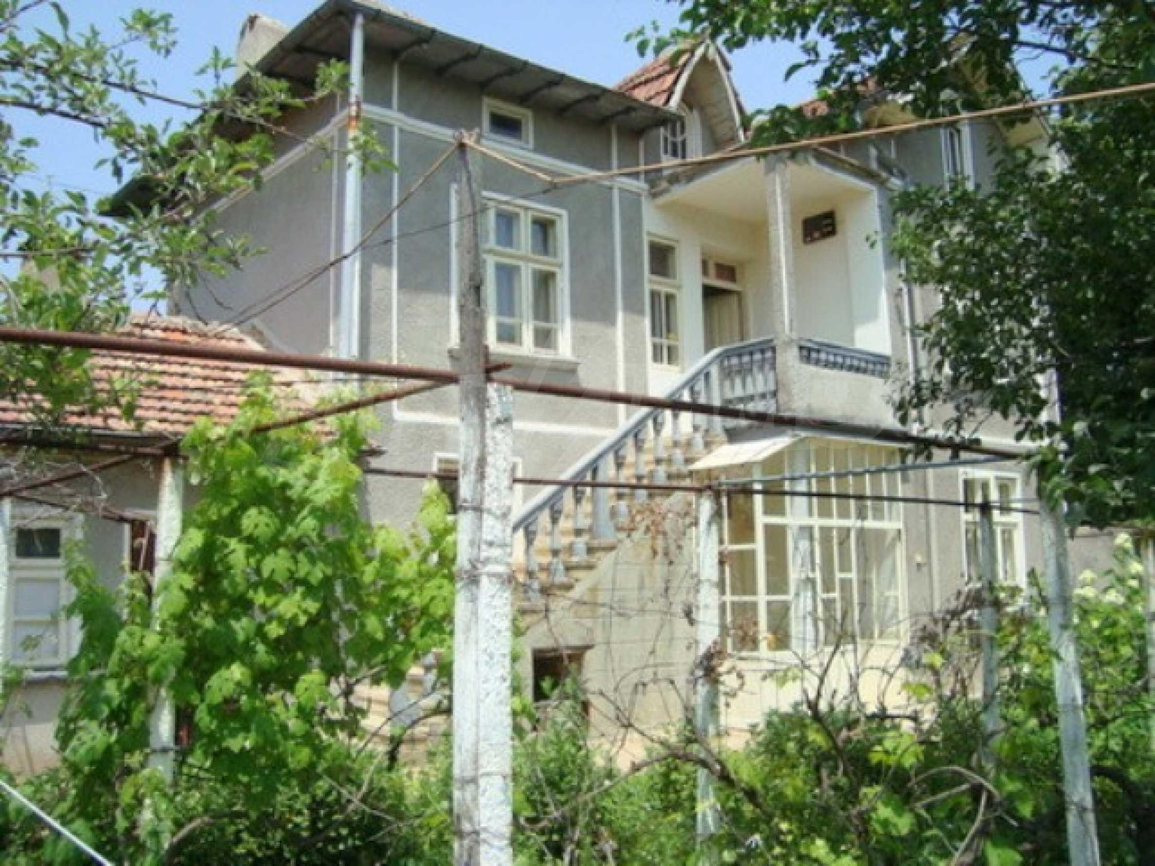 House in the village of Gorna Lipnica, Veliko Tarnovo