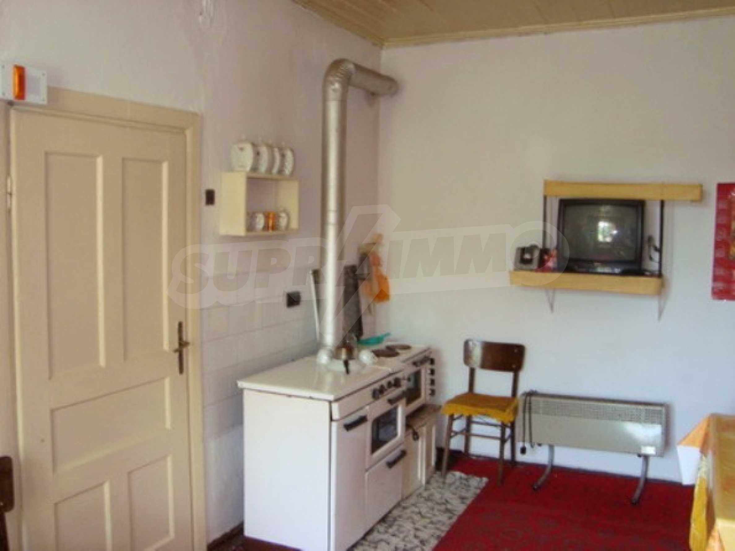House in the village of Gorna Lipnica, Veliko Tarnovo 11