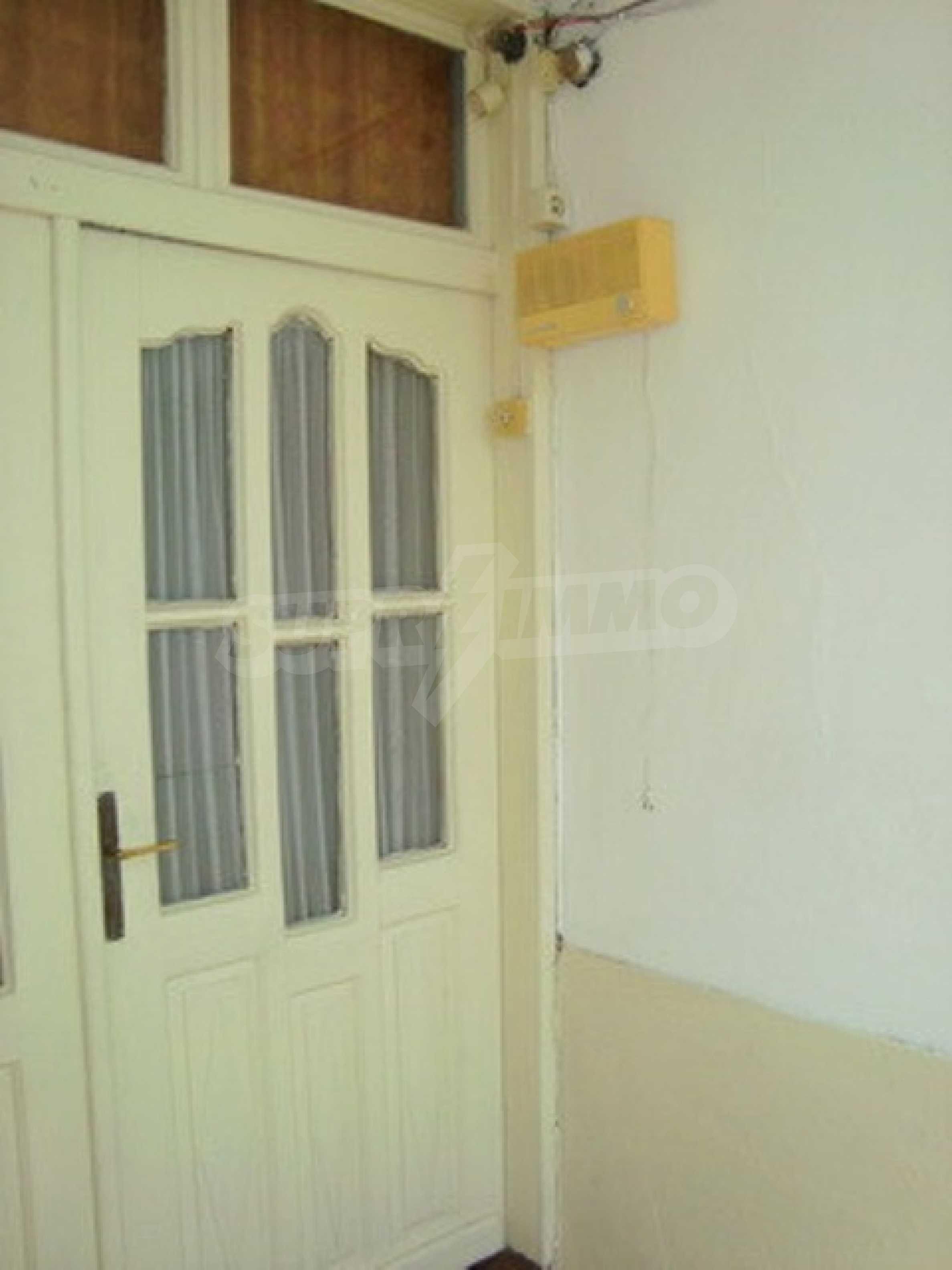 House in the village of Gorna Lipnica, Veliko Tarnovo 3