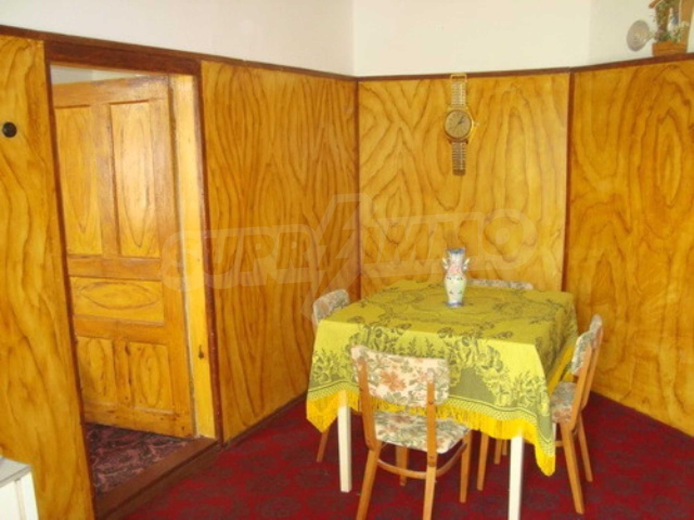 House in the village of Gorna Lipnica, Veliko Tarnovo 4