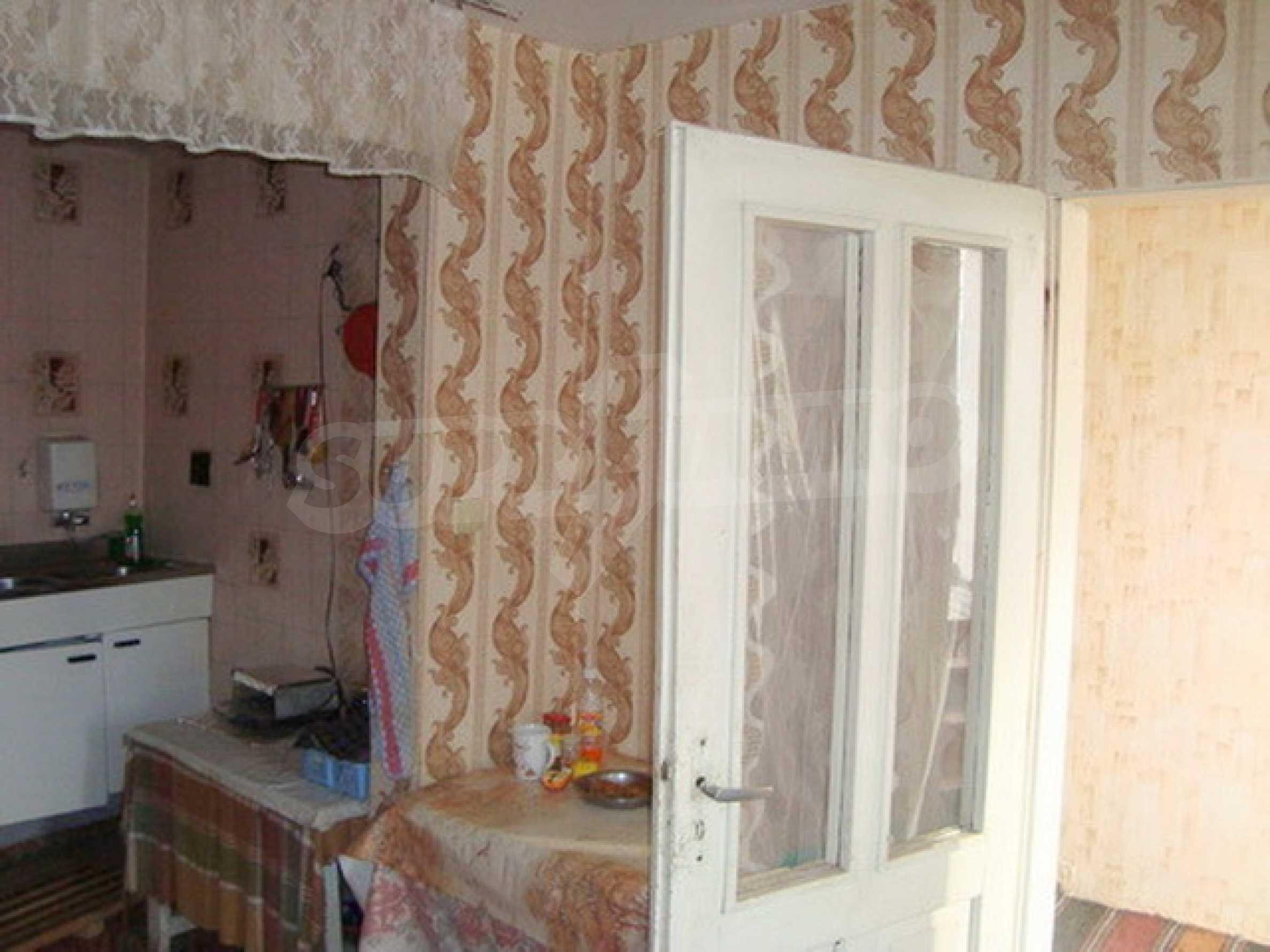 Дом в с. Горски Сеновец 3