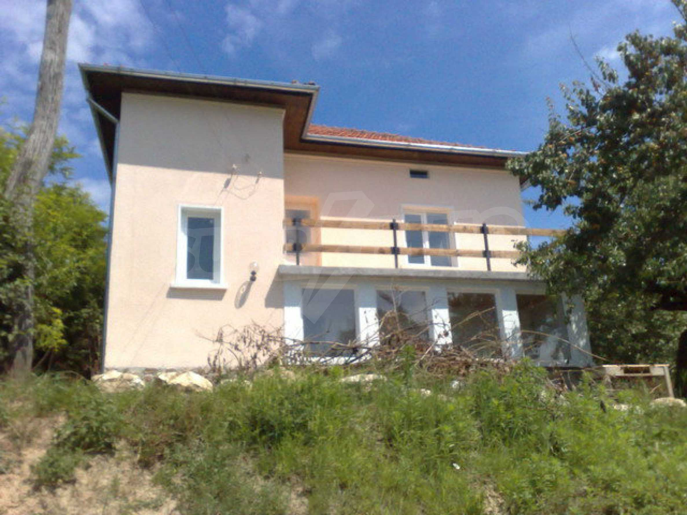 Fully renovated house with large garden and views of the Danube