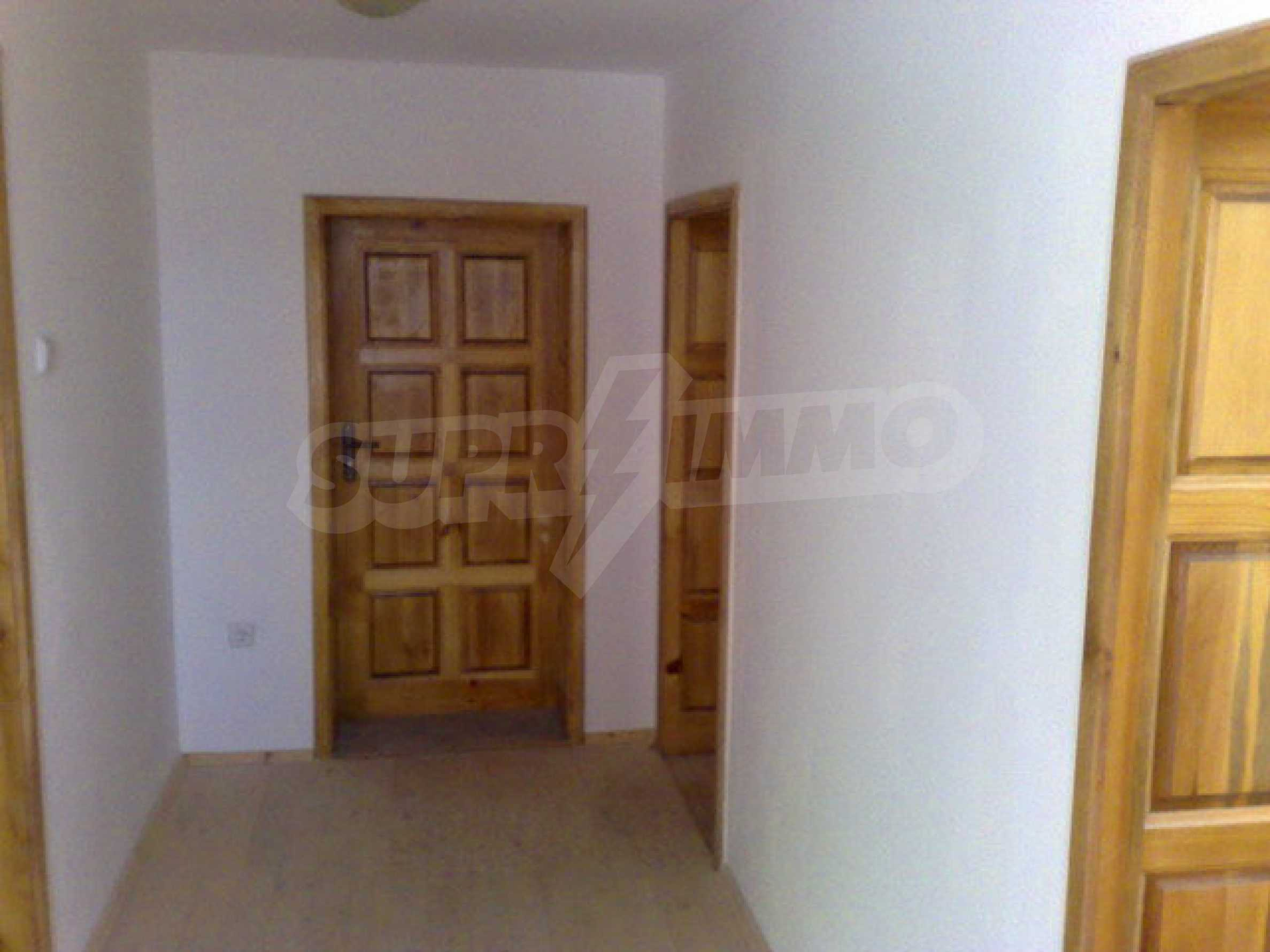 Fully renovated house with large garden and views of the Danube 10