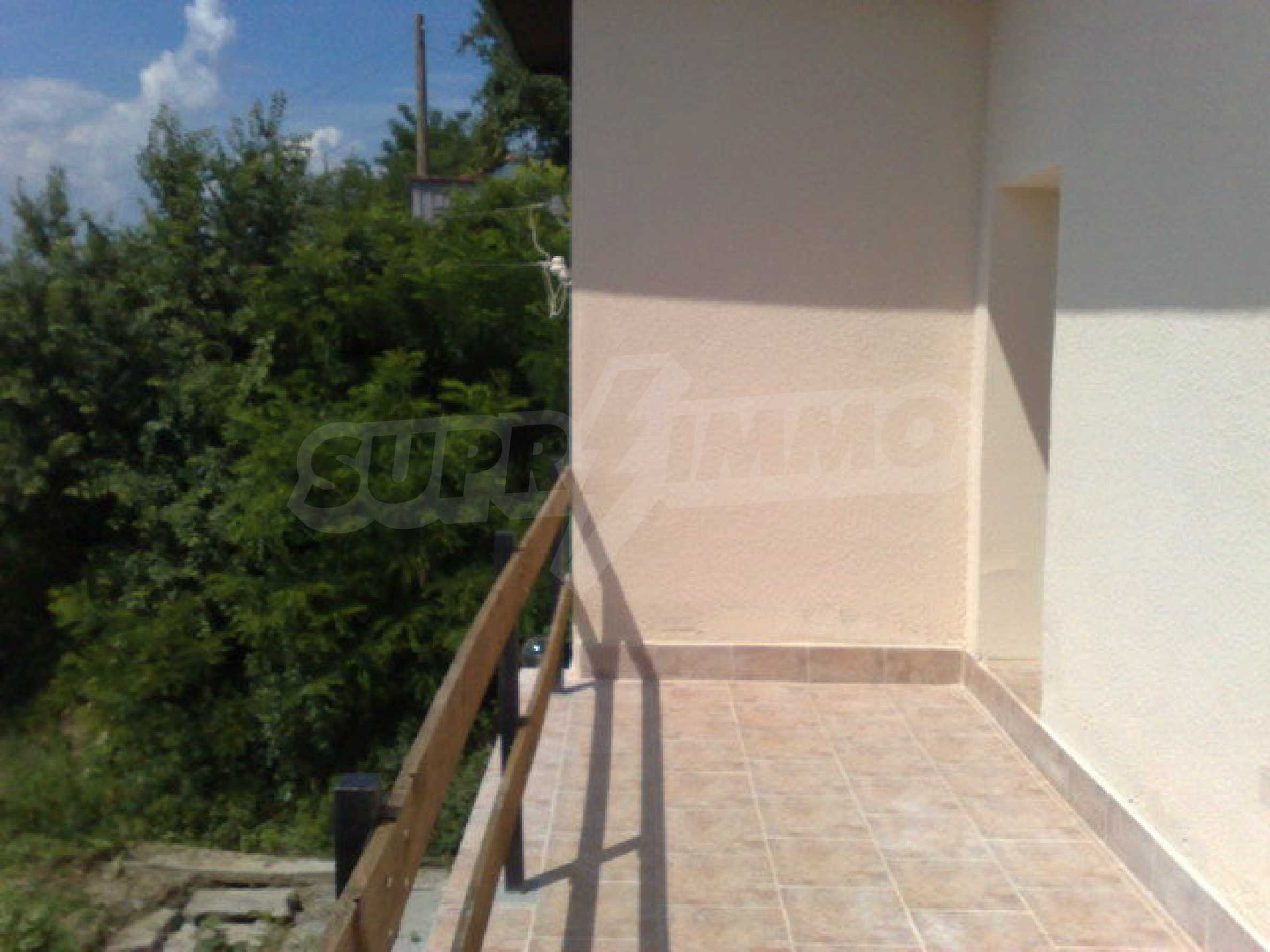 Fully renovated house with large garden and views of the Danube 12