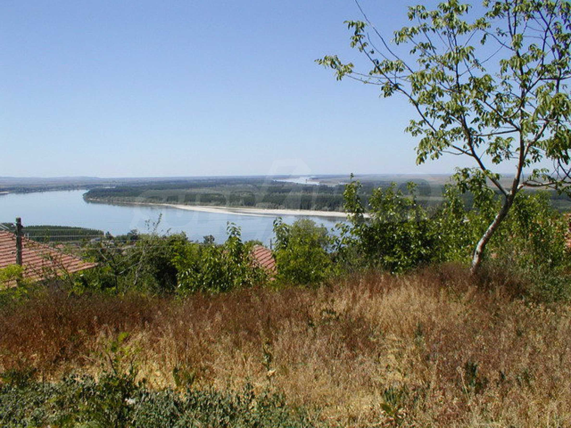Fully renovated house with large garden and views of the Danube 16