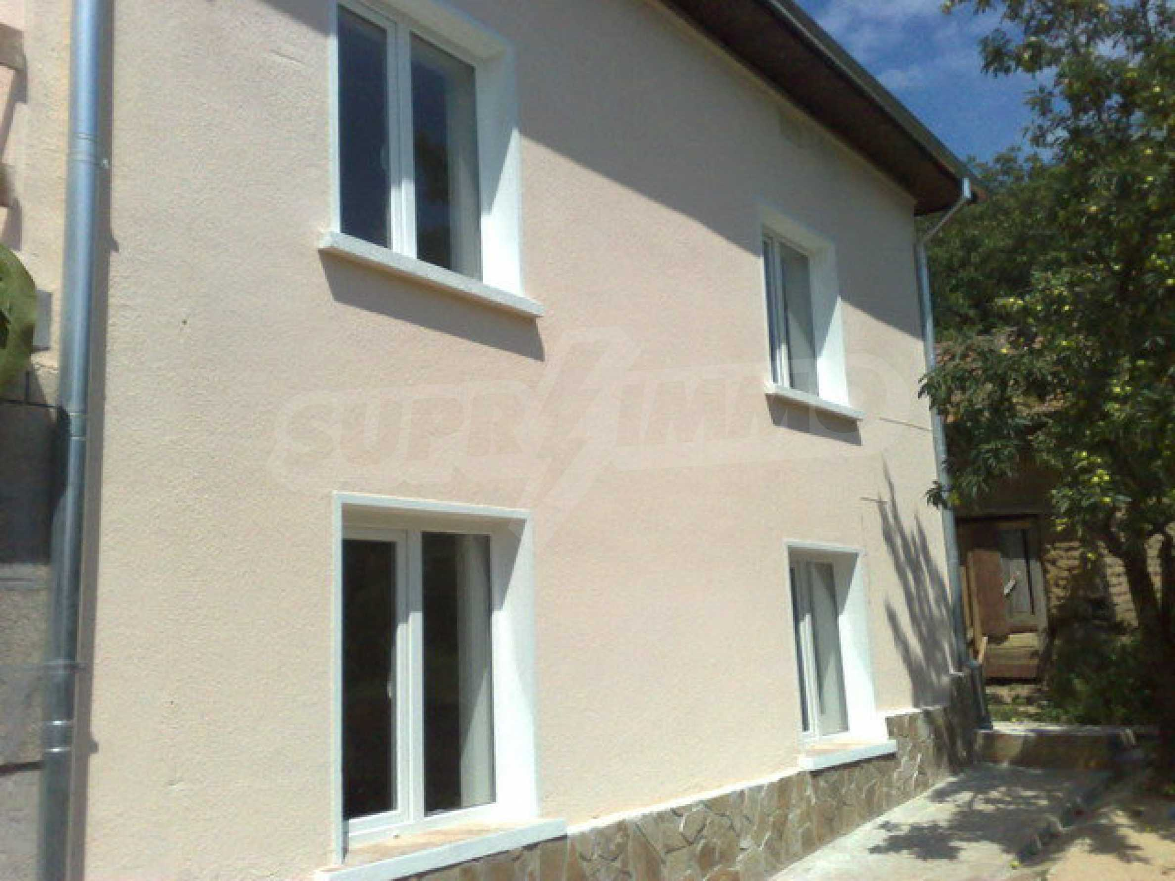 Fully renovated house with large garden and views of the Danube 1