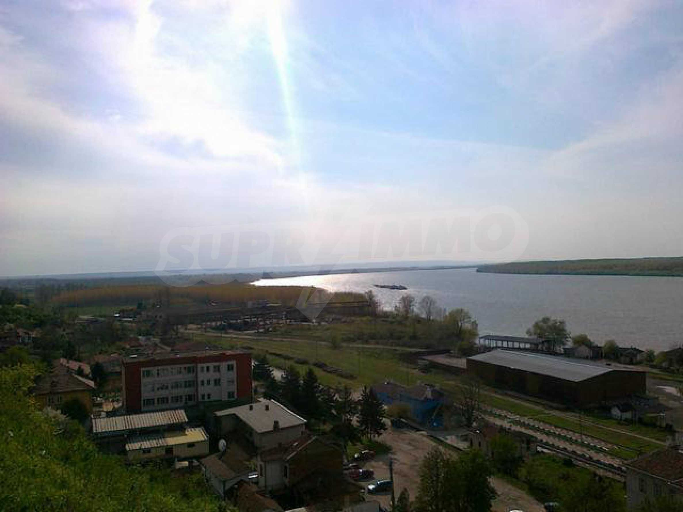 Fully renovated house with large garden and views of the Danube 30